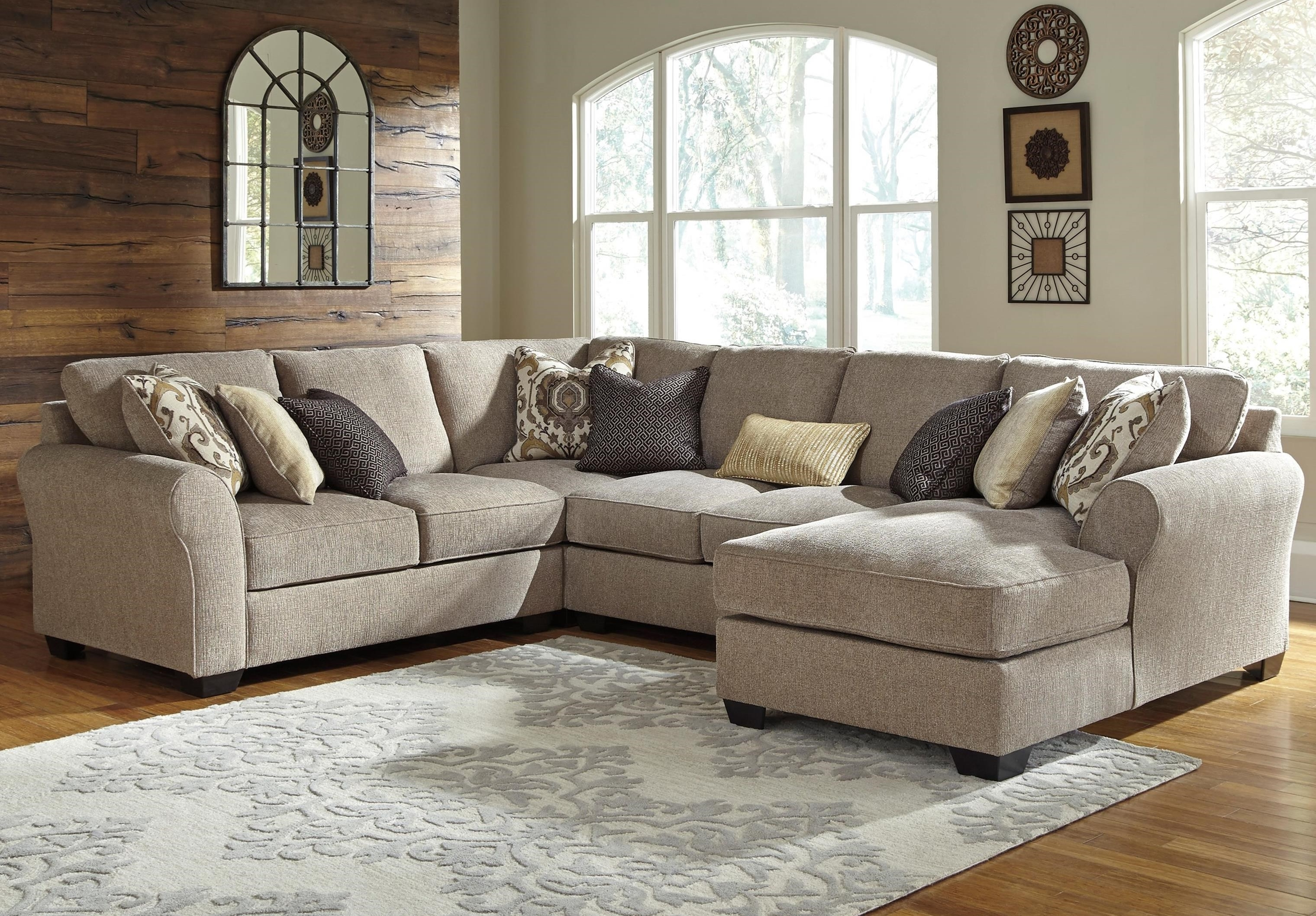 Fashionable Benchcraft Pantomine 4 Piece Sectional With Left Chaise (View 4 of 15)