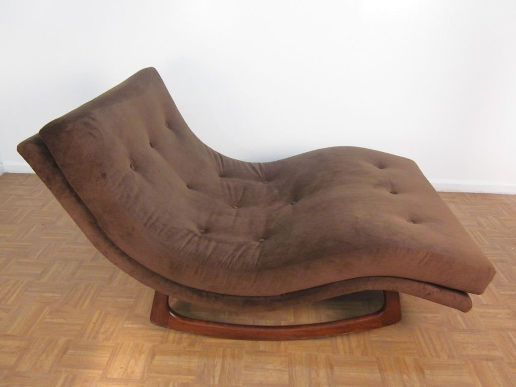 Fashionable Brown Fabric Double Wide Chaise Lounge Chairs With Brown Wooden With Regard To Chaise Lounge Chairs For Indoor (View 7 of 15)