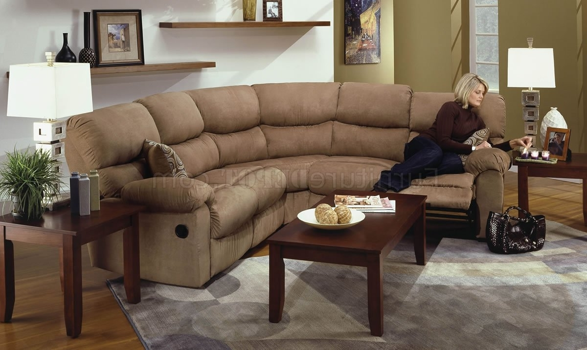 Fashionable Camel Microfiber Reclining Sectional Sofa W/throw Pillows Throughout Camel Colored Sectional Sofas (View 5 of 15)