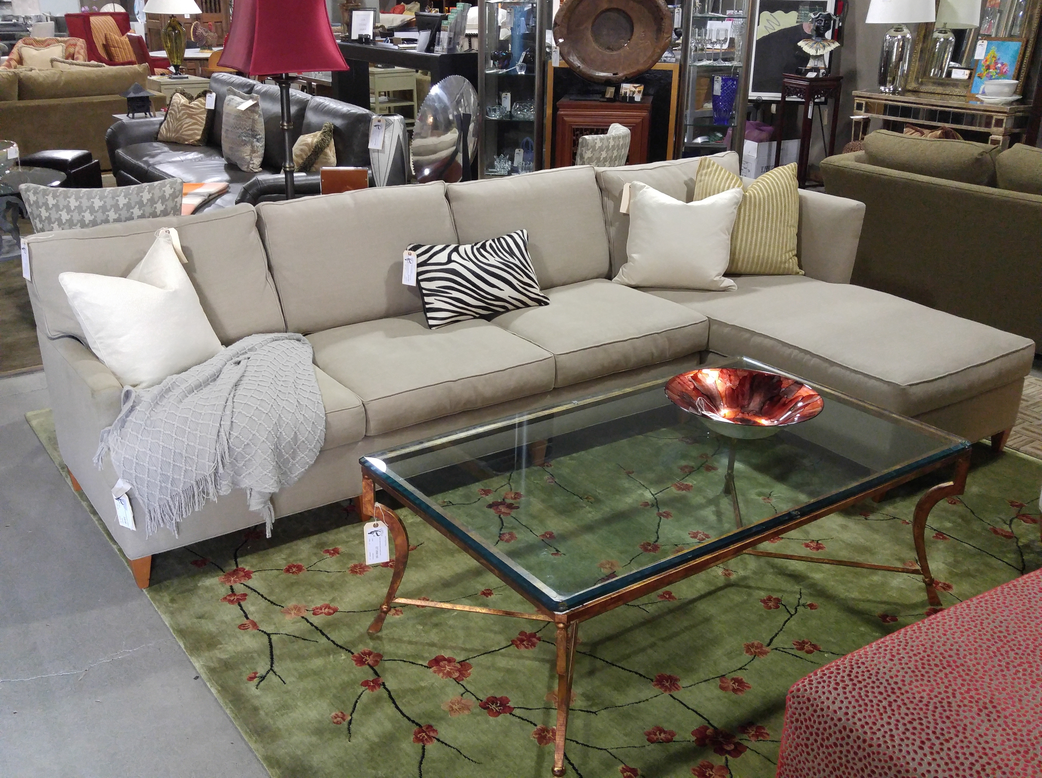 Fashionable Living Room Design : Hickory Brand Furniture Chair Outlet King Intended For Sectional Sofas In North Carolina (View 7 of 15)