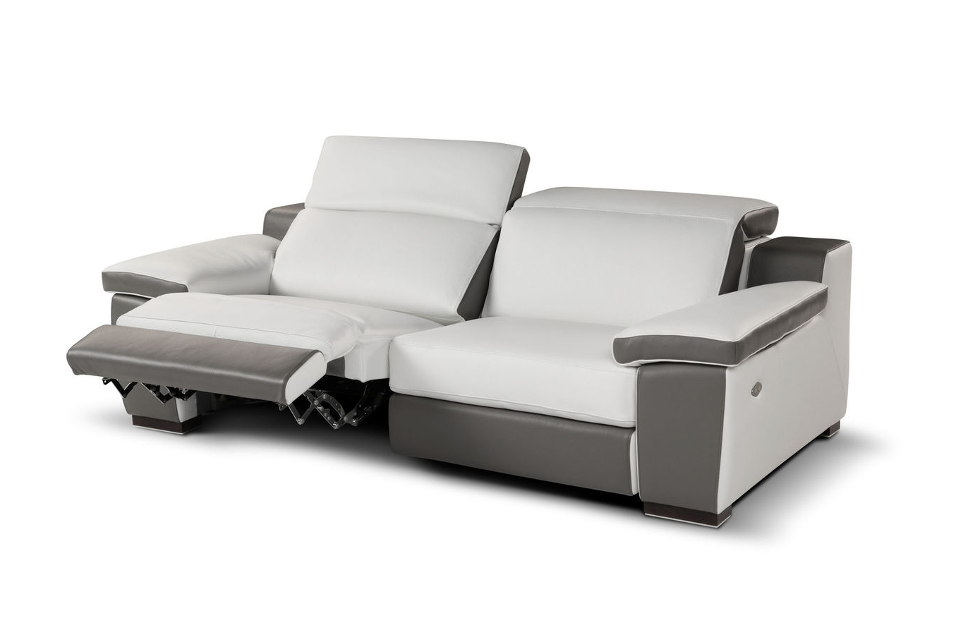 Fashionable Modern Reclining Leather Sofas For Sofa: Remarkable Reclining Leather Sofa Leather Recliners On Sale (View 4 of 15)