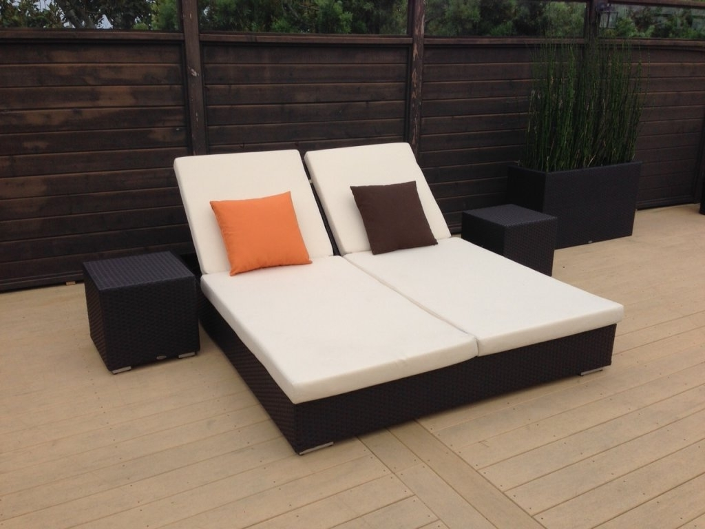 Fashionable Outdoor Double Chaises With Regard To Outdoor : Outdoor Chaise Lounge Plastic Folding Lounge Chairs (View 4 of 15)