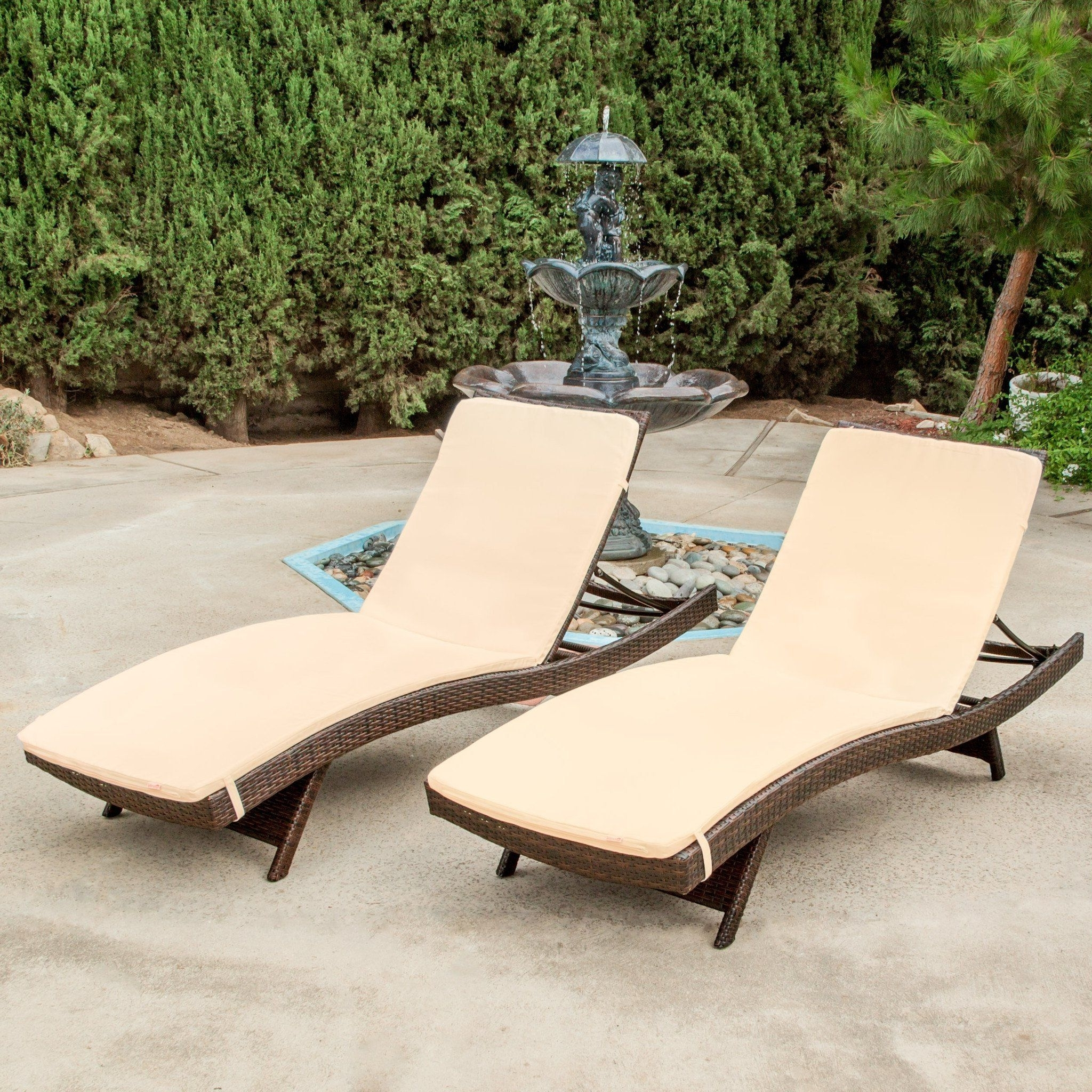 Favorite Lakeport Outdoor Adjustable Chaise Lounge Chairs Inside Lakeport Outdoor Adjustable Chaise Lounge Chairs W/ Cushions (Set (View 2 of 15)