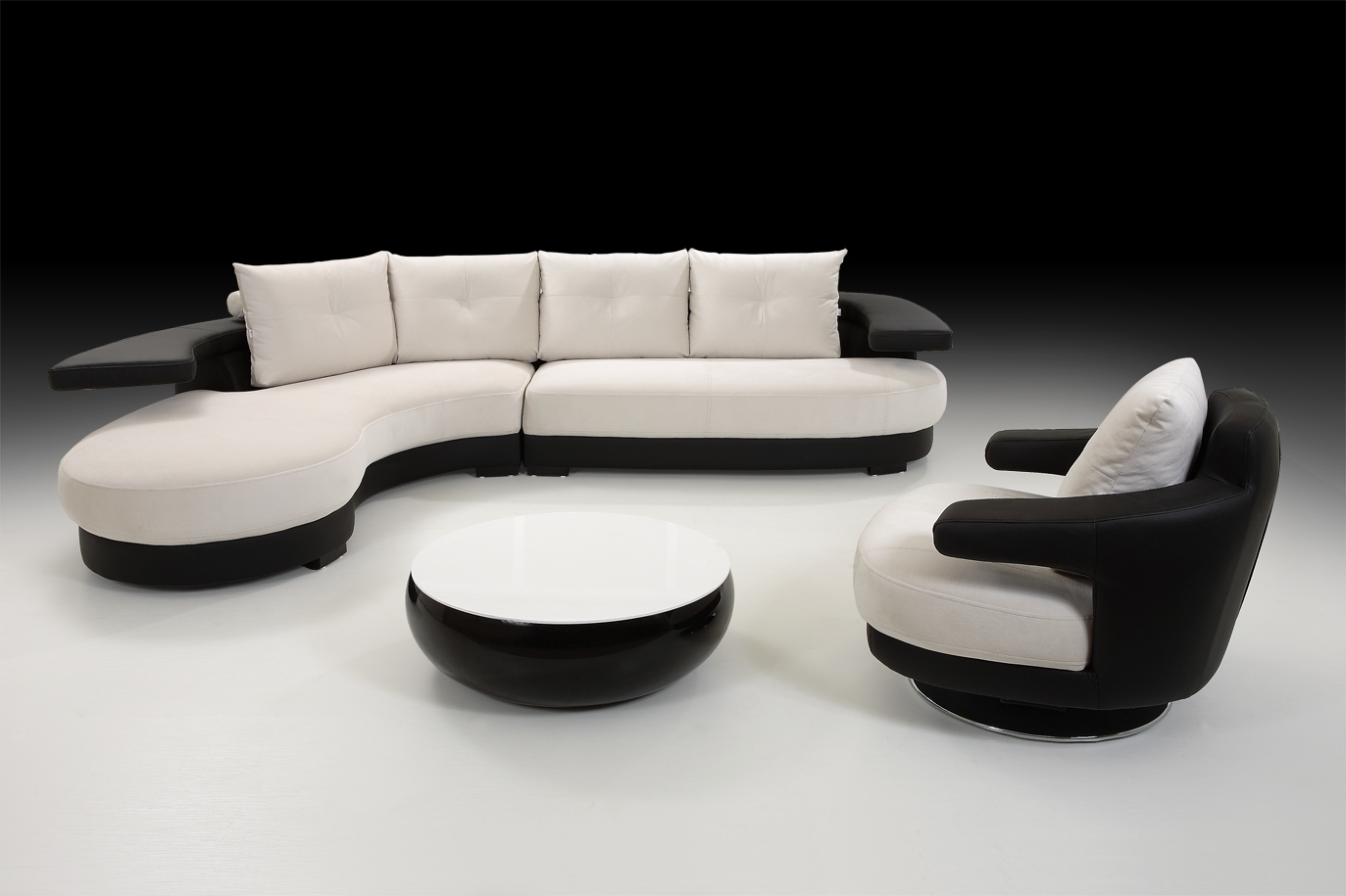 Favorite Sofas: Black White Corner Sofa With Armchair And Stool, Black Pertaining To Black And White Sofas (View 11 of 15)