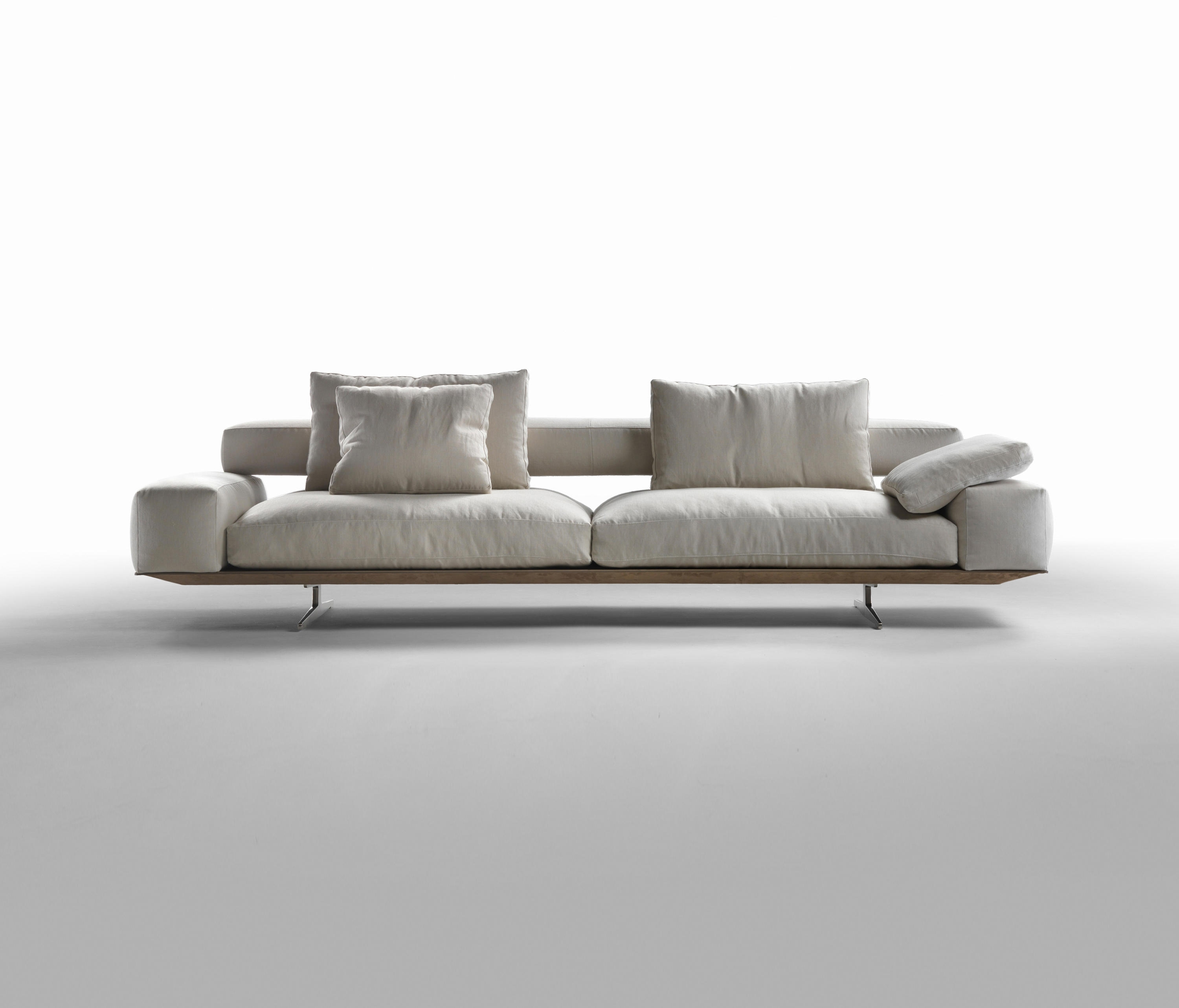 Flexform Sofas Intended For Popular Wing – Lounge Sofas From Flexform (View 10 of 15)