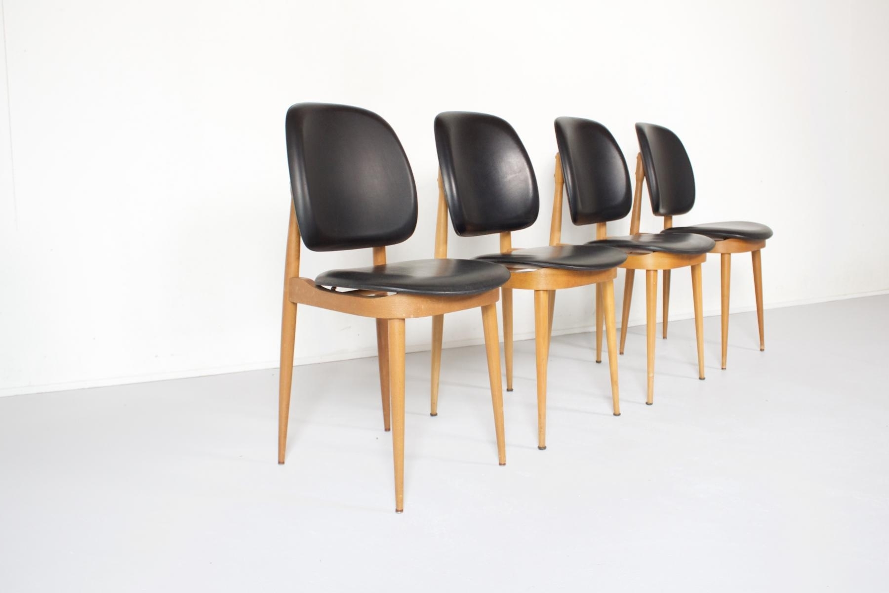 French Side Chairspierre Guariche For L´espace Le Corbusier Within Recent Le Corbusier Chaises (View 8 of 15)