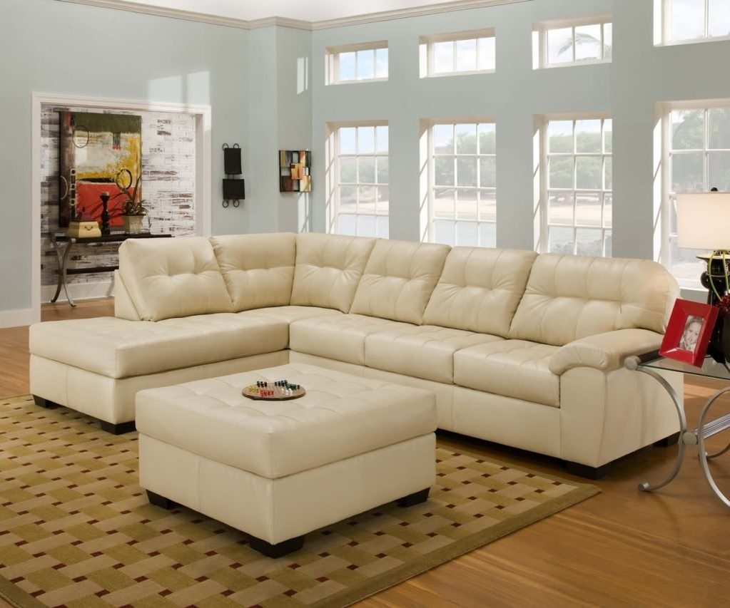 Furniture: Modern Living Room With L Shaped Cream Leather Throughout Best And Newest Leather Modular Sectional Sofas (View 6 of 15)