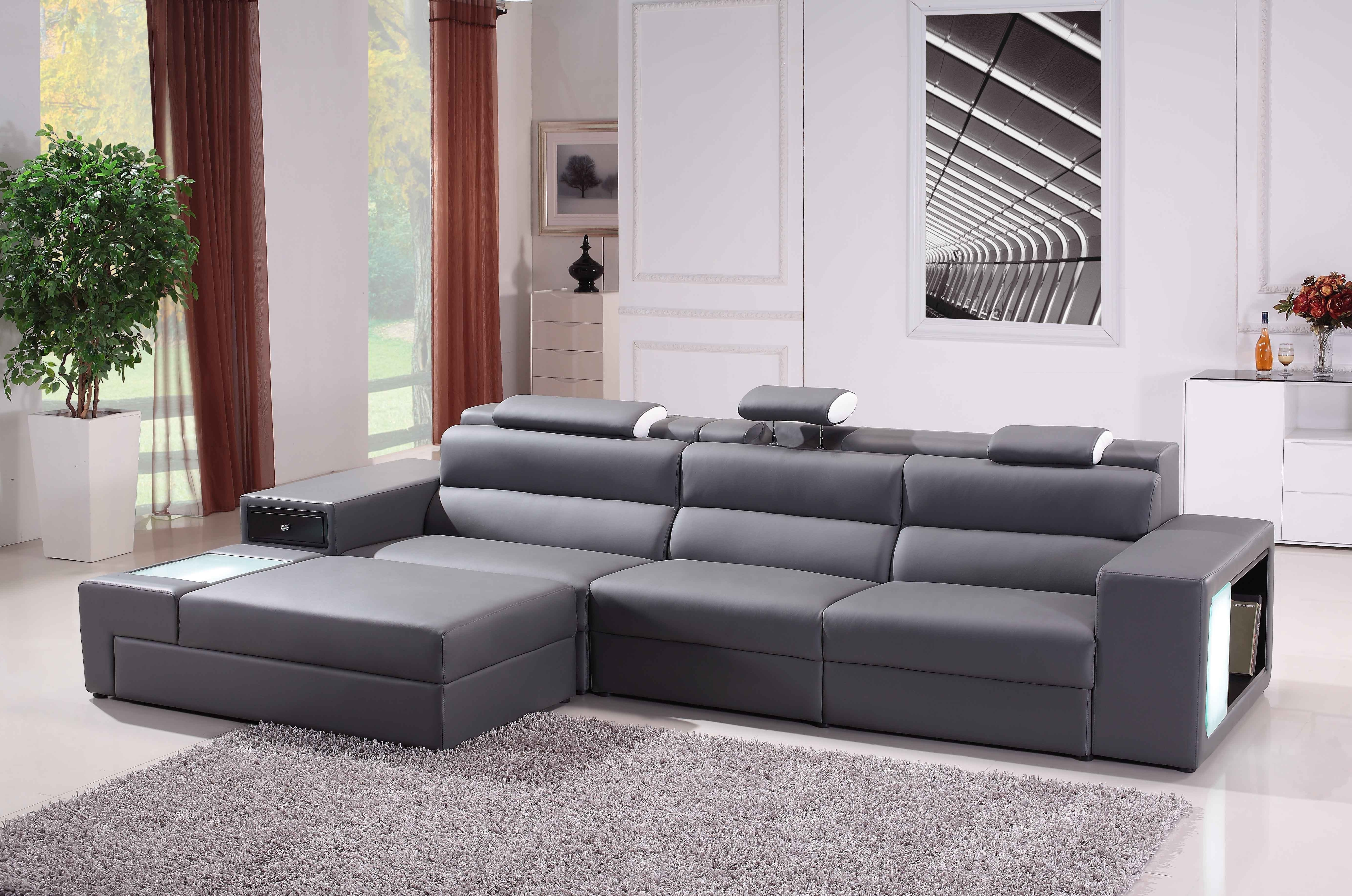 Gray Leather Sofa Chaise Lounge With Three Seat Placed On The With Trendy Leather Couches With Chaise Lounge (View 4 of 15)