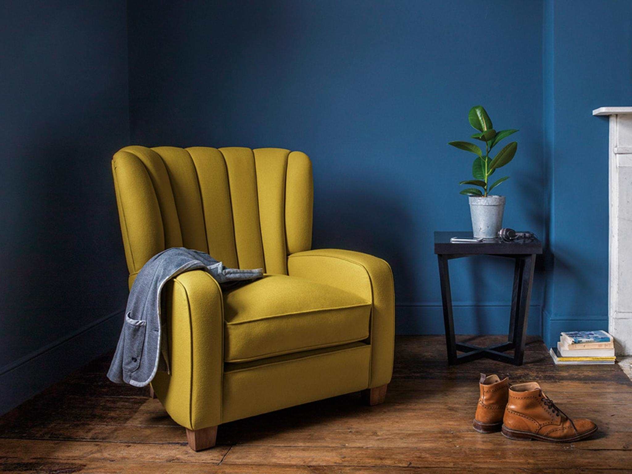 Heel Chair Sofas With Trendy Chairs : Heel Chair Sofas Uncommon Heel Chair Sofas' Refreshing (View 10 of 15)