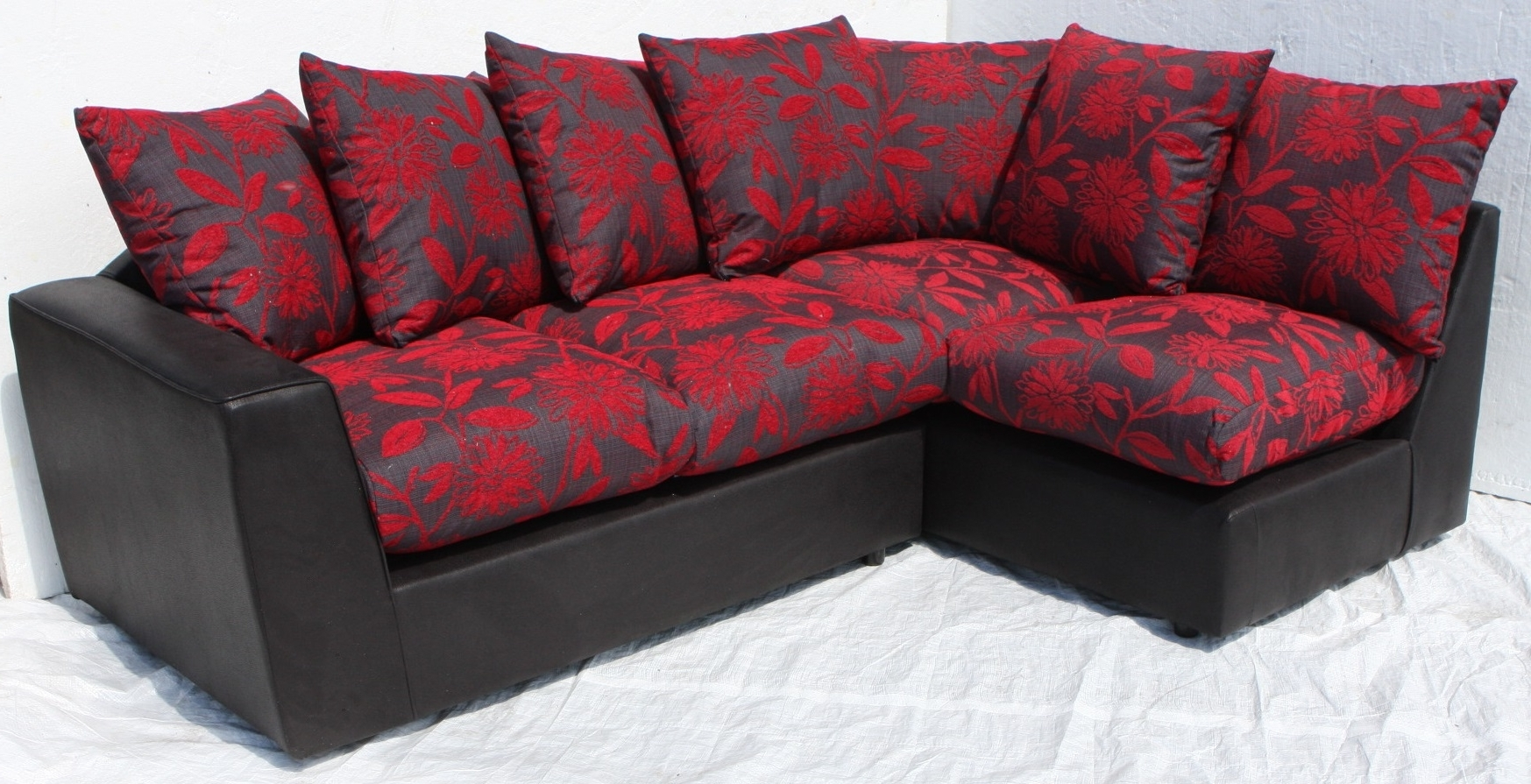 Helibeds Same Day Or Next Day Delivery Of – Sofa's – Harry Corner Regarding Recent Red And Black Sofas (View 7 of 15)