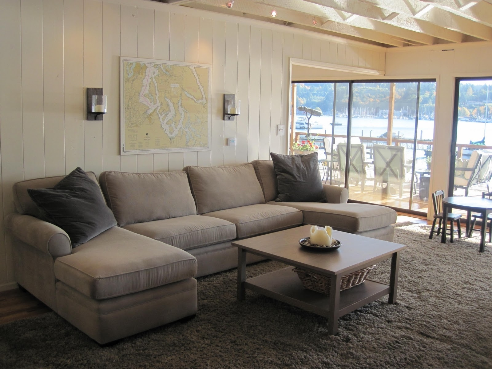 Featured Photo of U Shaped Sectionals With Chaise