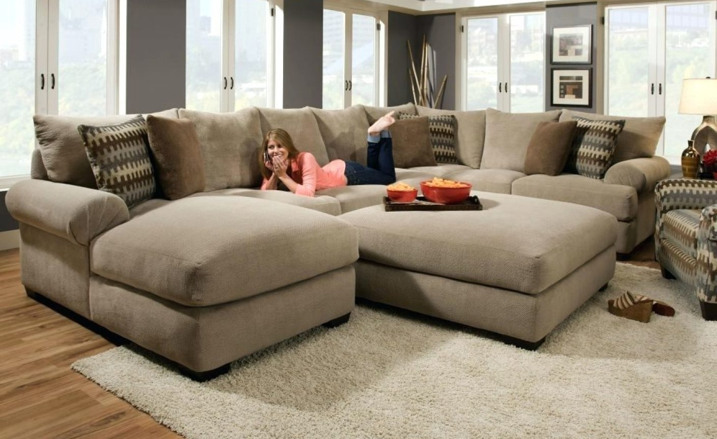 Huge U Shaped Sectionals With Regard To Famous Sofa : Sofa U Shaped Sectional Sofa With Chaise Fabric Stunning U (View 9 of 15)