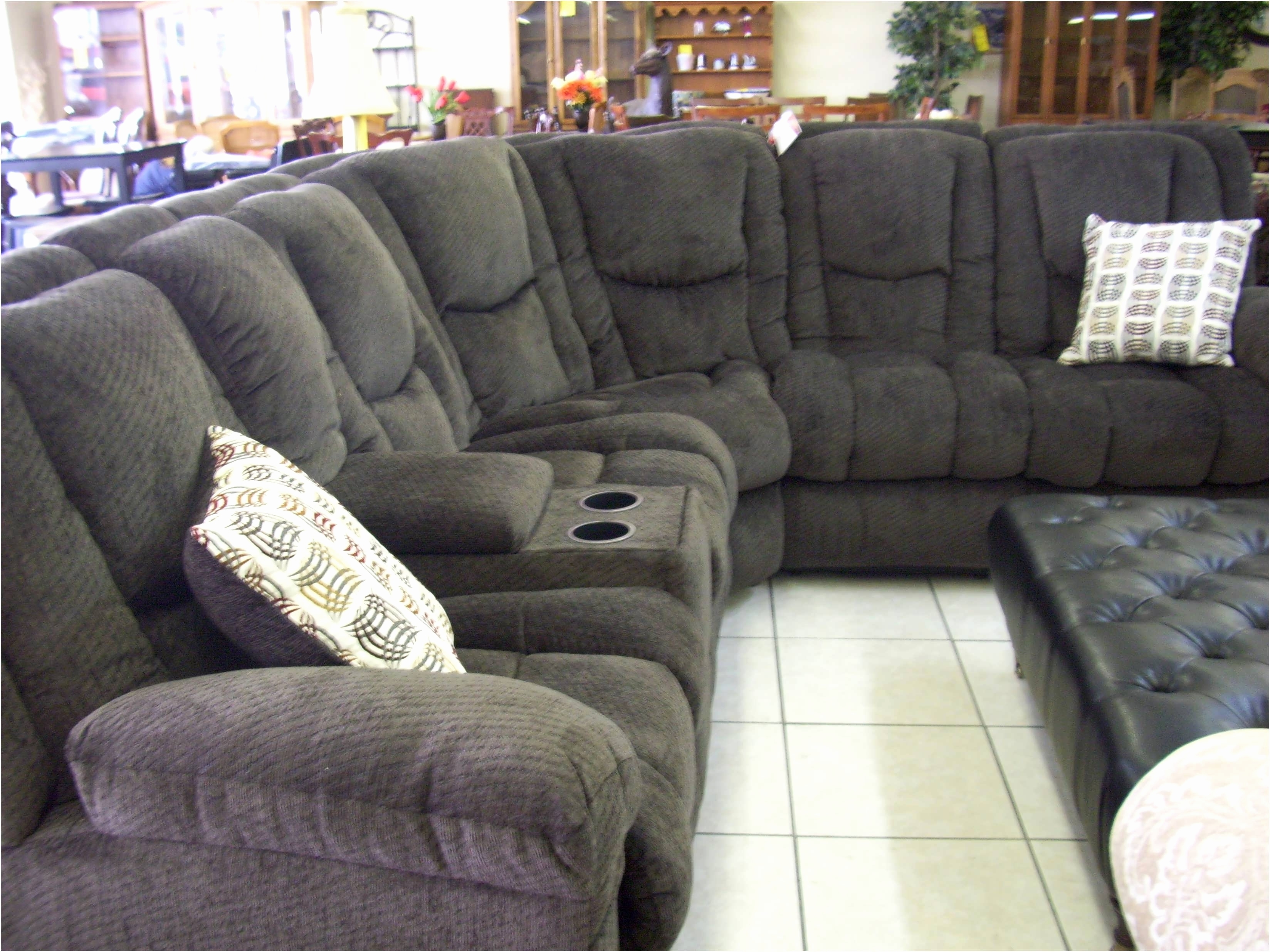 Inspirational U Shaped Sectional With Chaise And Recliner 2018 For Widely Used Reclining U Shaped Sectionals (View 14 of 15)