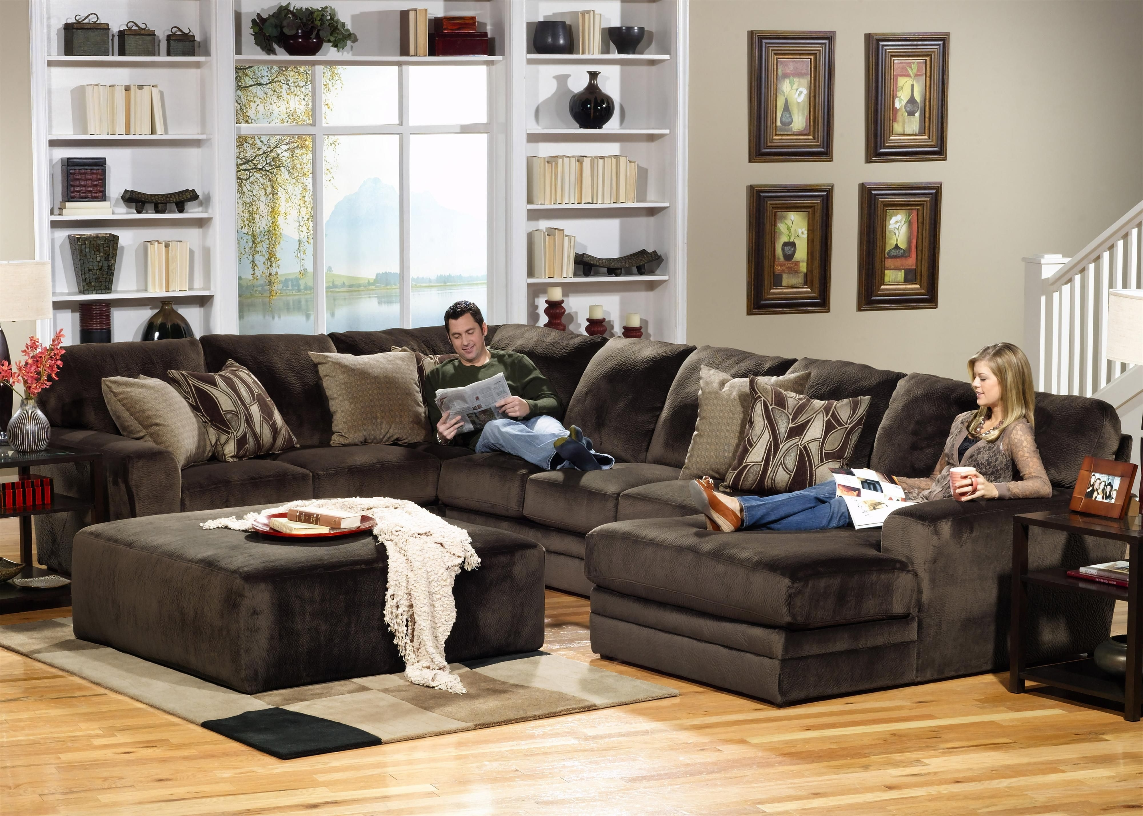 Jackson Ms Sectional Sofas For Most Current 4377 Everest 3 Piece Sectional With Rsf Sectionjackson (View 14 of 15)