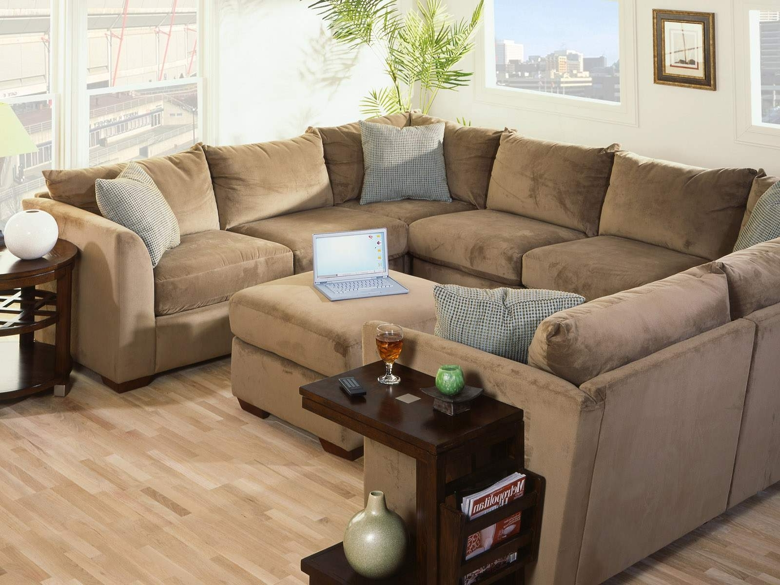 Jamaica Sectional Sofas With Regard To Well Liked Furniture : Sectional Sofa Nailhead Trim Sectional Sofa Jamaica (View 4 of 15)
