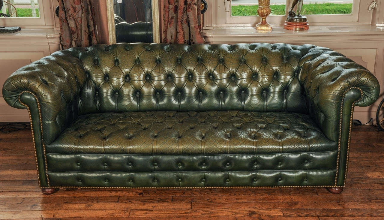Latest Leather Chesterfield Sofas Inside Sofa : Top Tufted Leather Chesterfield Sofa Decoration Ideas (View 11 of 15)