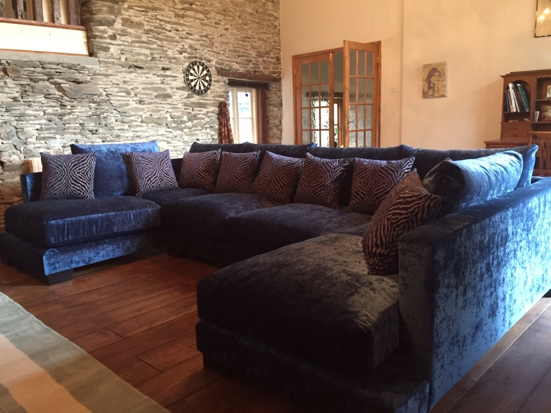 Latest Zinnia 355 Cm X 205 Cm U Shaped Sofa In Modena Crushed Velvet For Blue U Shaped Sectionals (View 6 of 15)