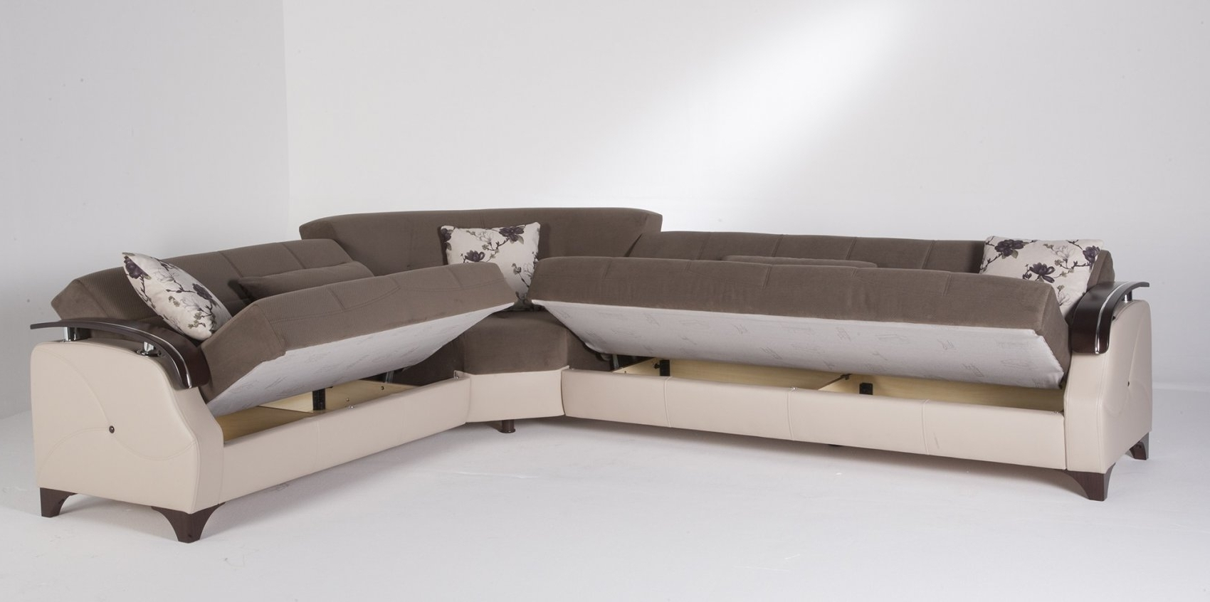 Leather Sectional Sleeper Sofa With Chaise 24 For Classic High For Inside Trendy Chaise Sectional Sleepers (View 4 of 15)
