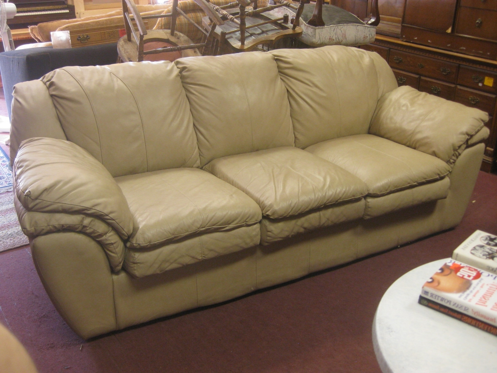 Light Tan Leather Sofas With Regard To Well Known Uhuru Furniture & Collectibles: Sold – Tan Leather Sofa – $ (View 7 of 15)