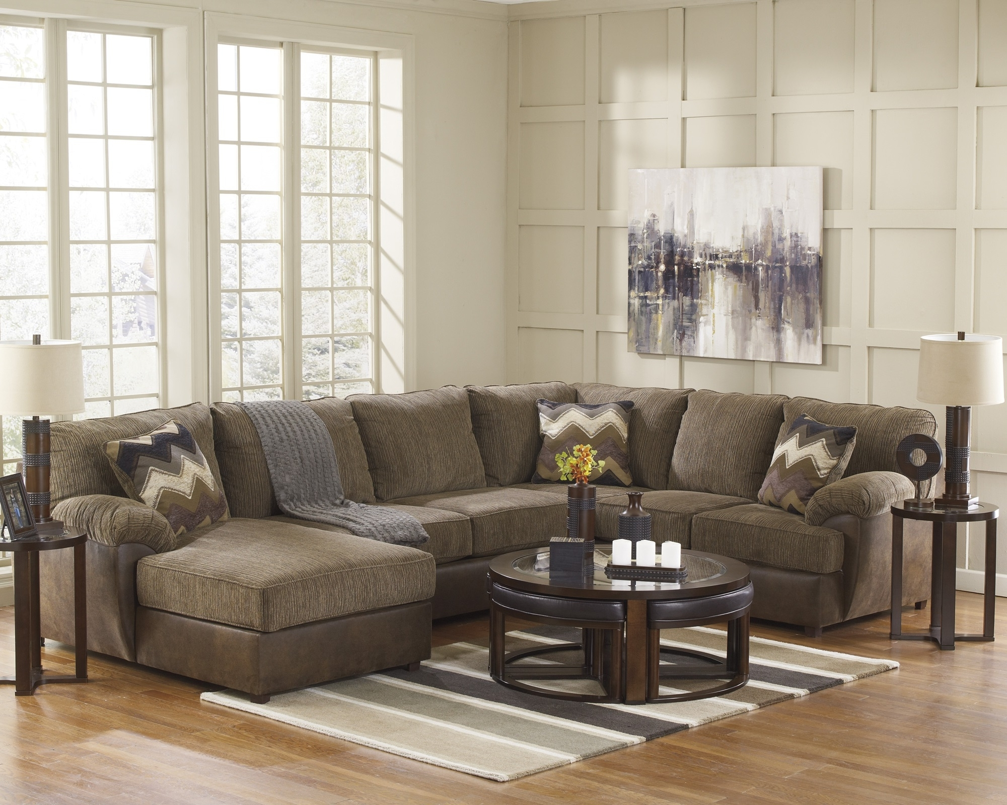 Living Room Design : Hickory Brand Furniture Chair Outlet King Within Most Recent Hickory Nc Sectional Sofas (View 7 of 15)