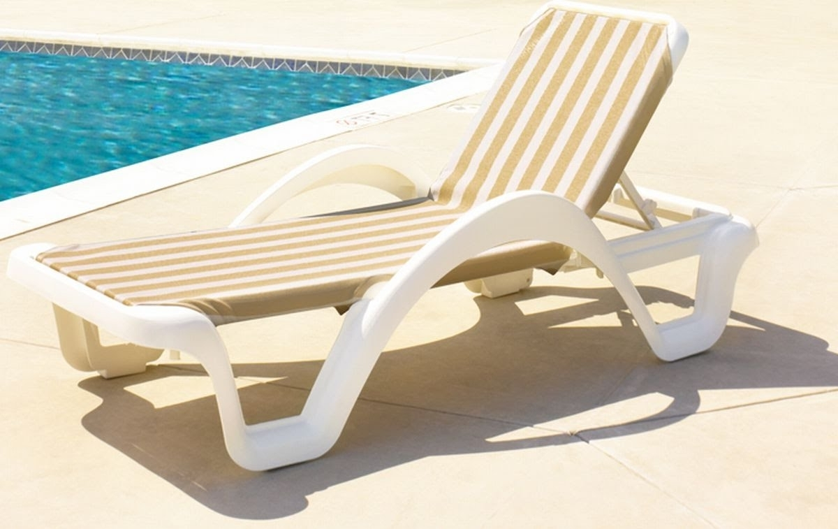 Lounge Chair : Outdoor Bench Best Pool Chaise Lounge Outdoor Pertaining To Most Recently Released Poolside Chaise Lounges (View 5 of 15)