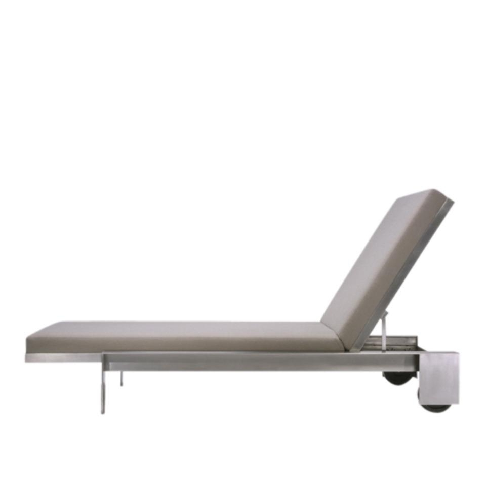 Lounge Chair : Pool Recliners Loungers Garden Chaise Lounge Chair Intended For Well Known Aluminum Chaise Lounge Chairs (View 14 of 15)