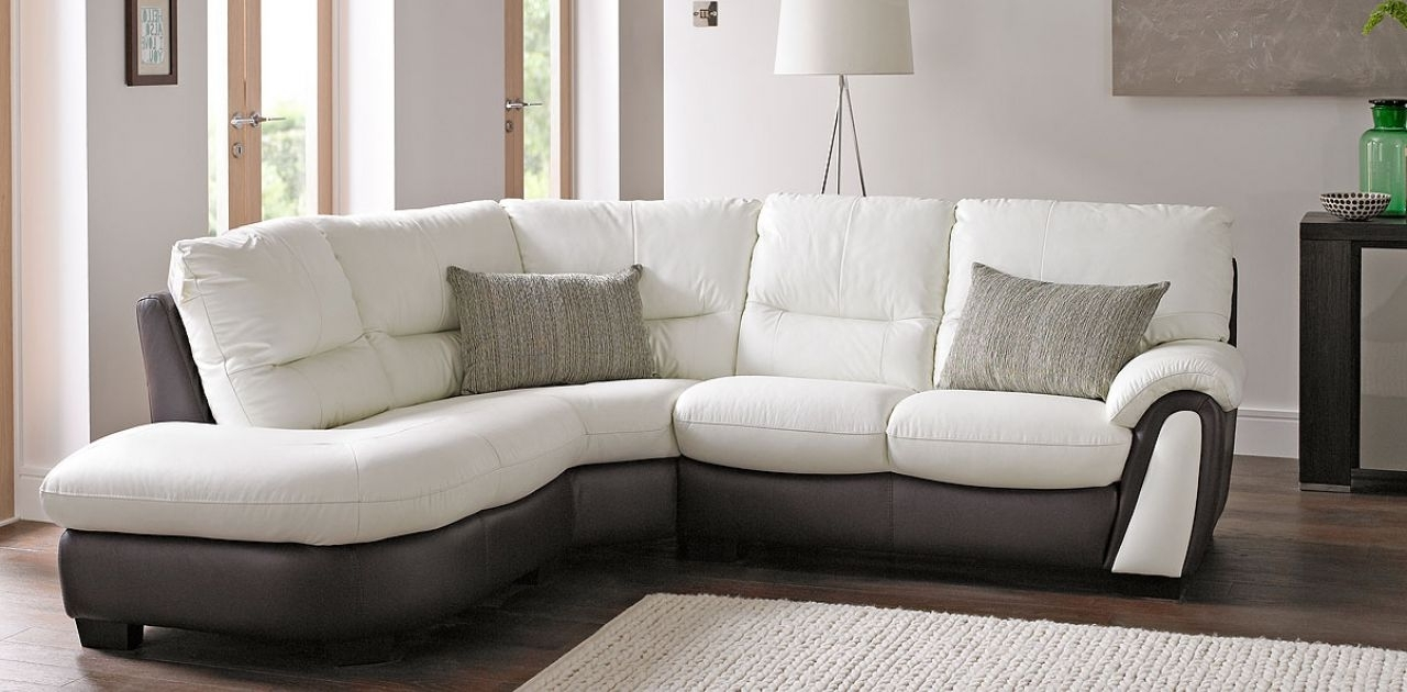 Making Everyday More With Regard To White Leather Corner Sofas (View 7 of 15)