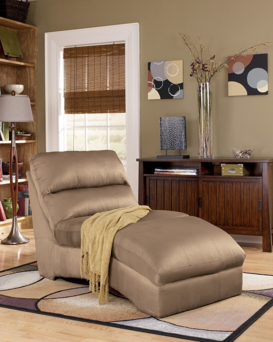 Microfiber Chaise Lounges Inside Most Current Furniture: Chaise Couch Lounge (View 9 of 15)