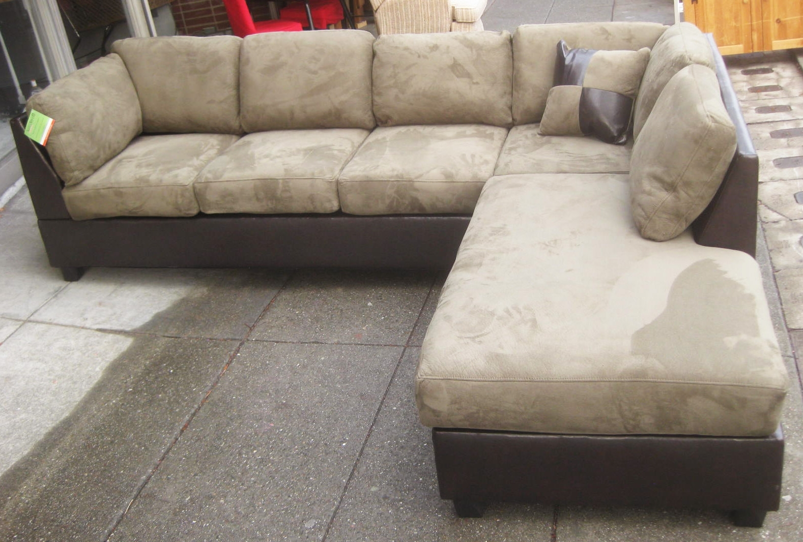 Microsuede Sectional Sofas In Latest Uhuru Furniture & Collectibles: Sold – Leather & Microsuede (View 5 of 15)