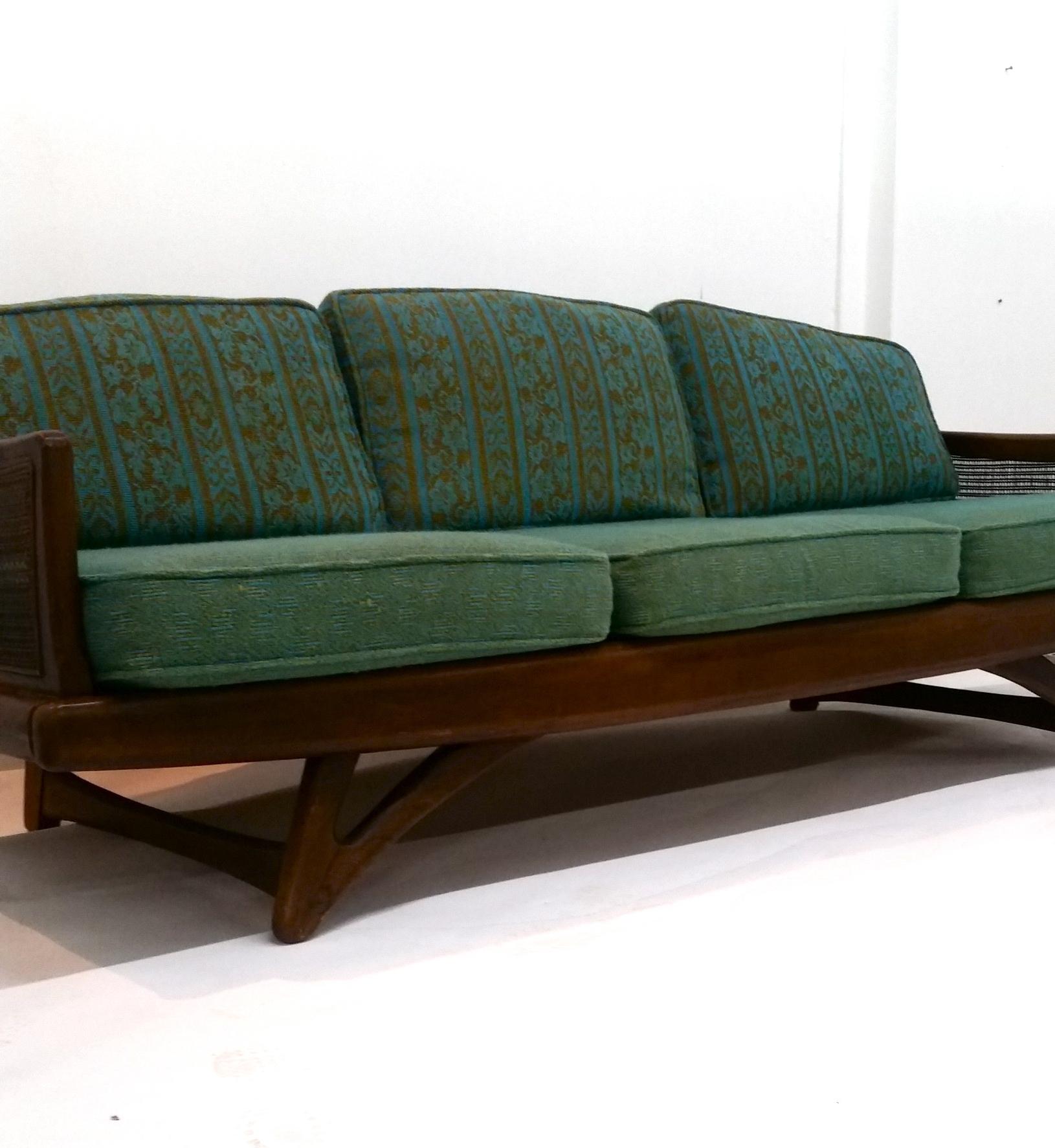 Mid Century Sofas (View 8 of 15)