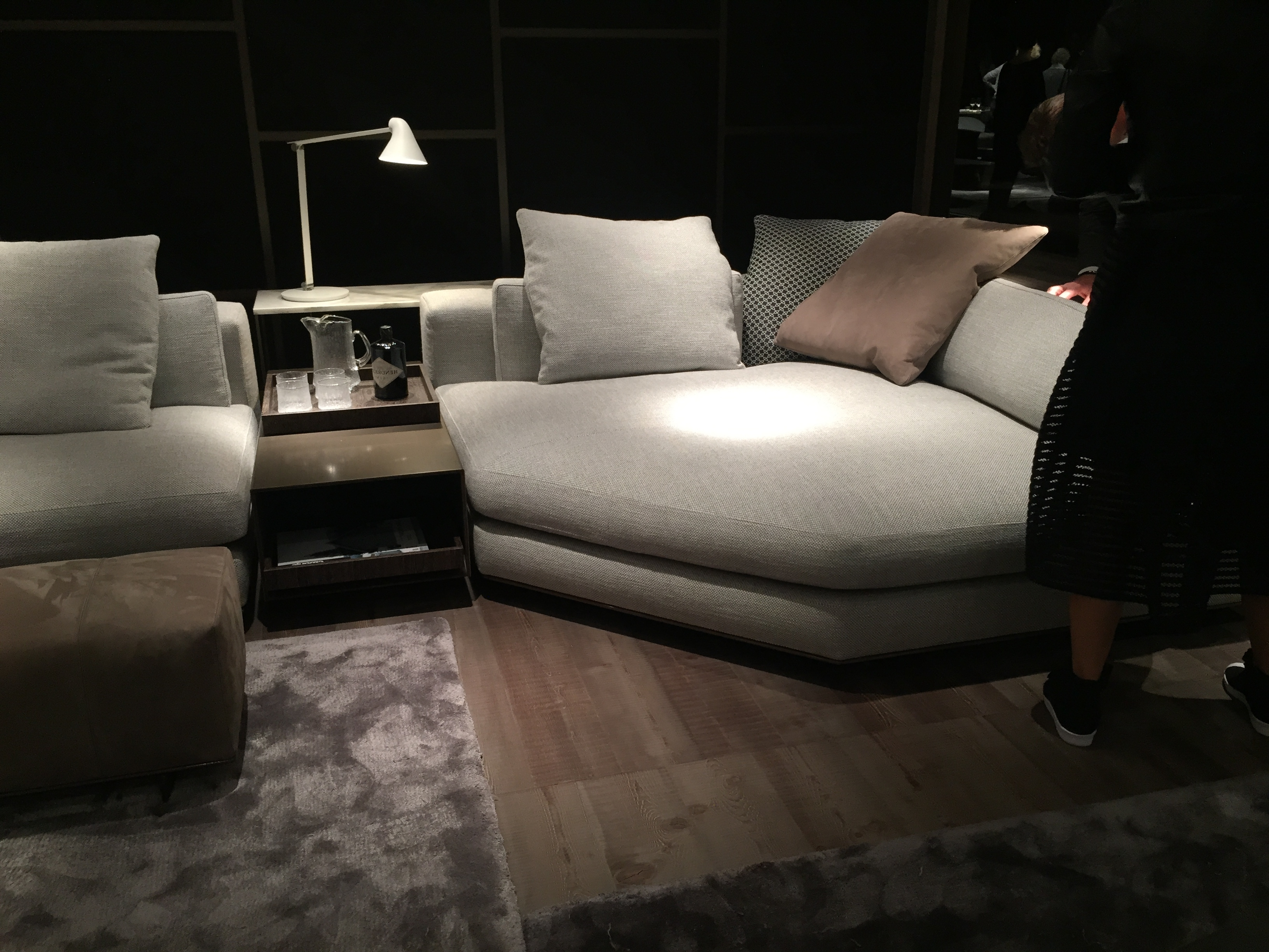Minotti – Freeman Seating Corner And Console And Arne Jacobsen With Regard To Most Current Sofas With Consoles (View 15 of 15)