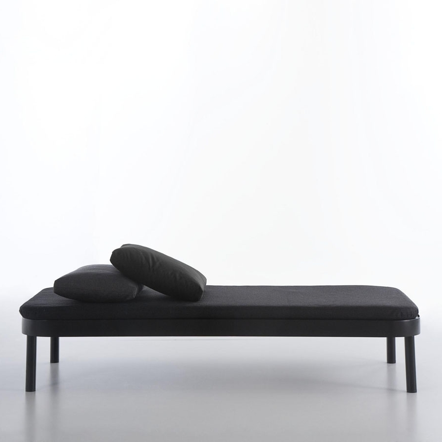 Modern Chaise Lounges With Fashionable Cama Tropez Modern Chaise Lounge Bedgandia Blasco (View 9 of 15)