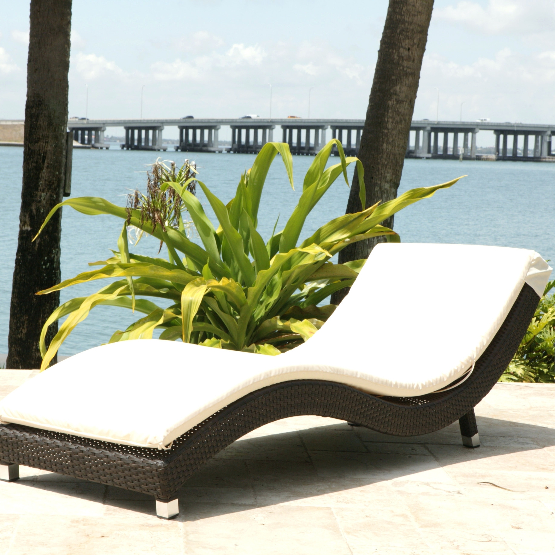 Modern Outdoor Lounge Furniture Matthew White Red Teak Modern Within 2018 Modern Outdoor Chaise Lounge Chairs (View 6 of 15)