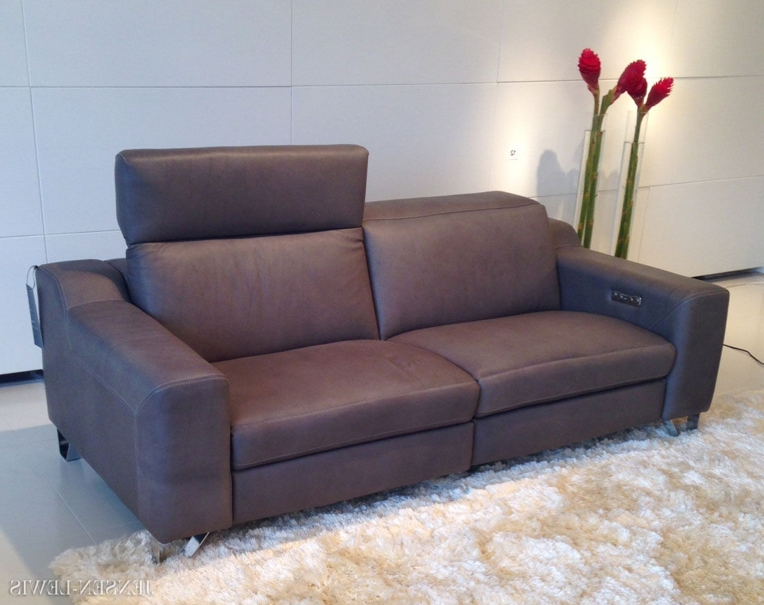Modern Reclining Leather Sofas For Favorite Small Contemporary Recliners — Radionigerialagos (View 7 of 15)