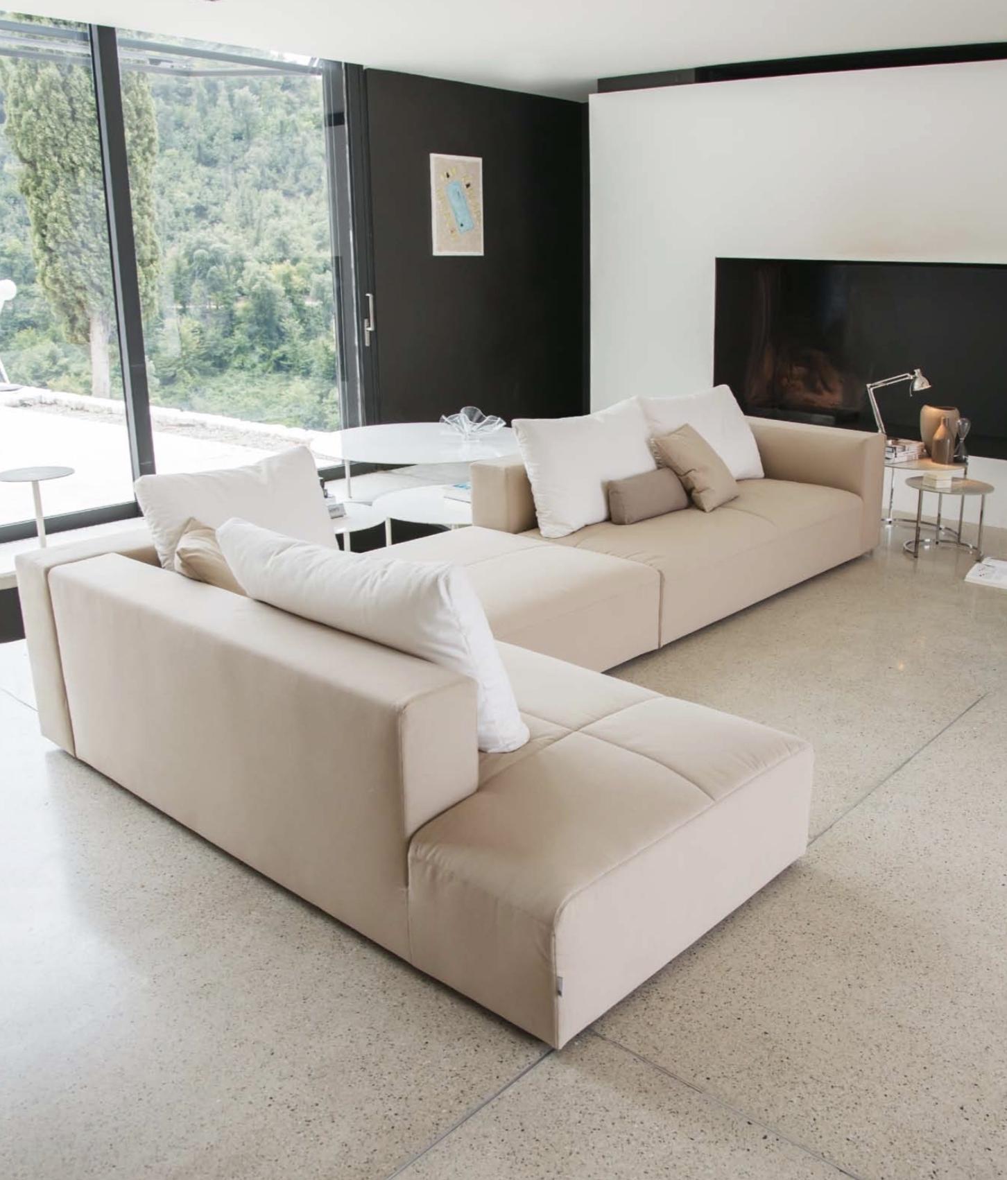 Momentoitalia Italian Modern Sofas (View 11 of 15)