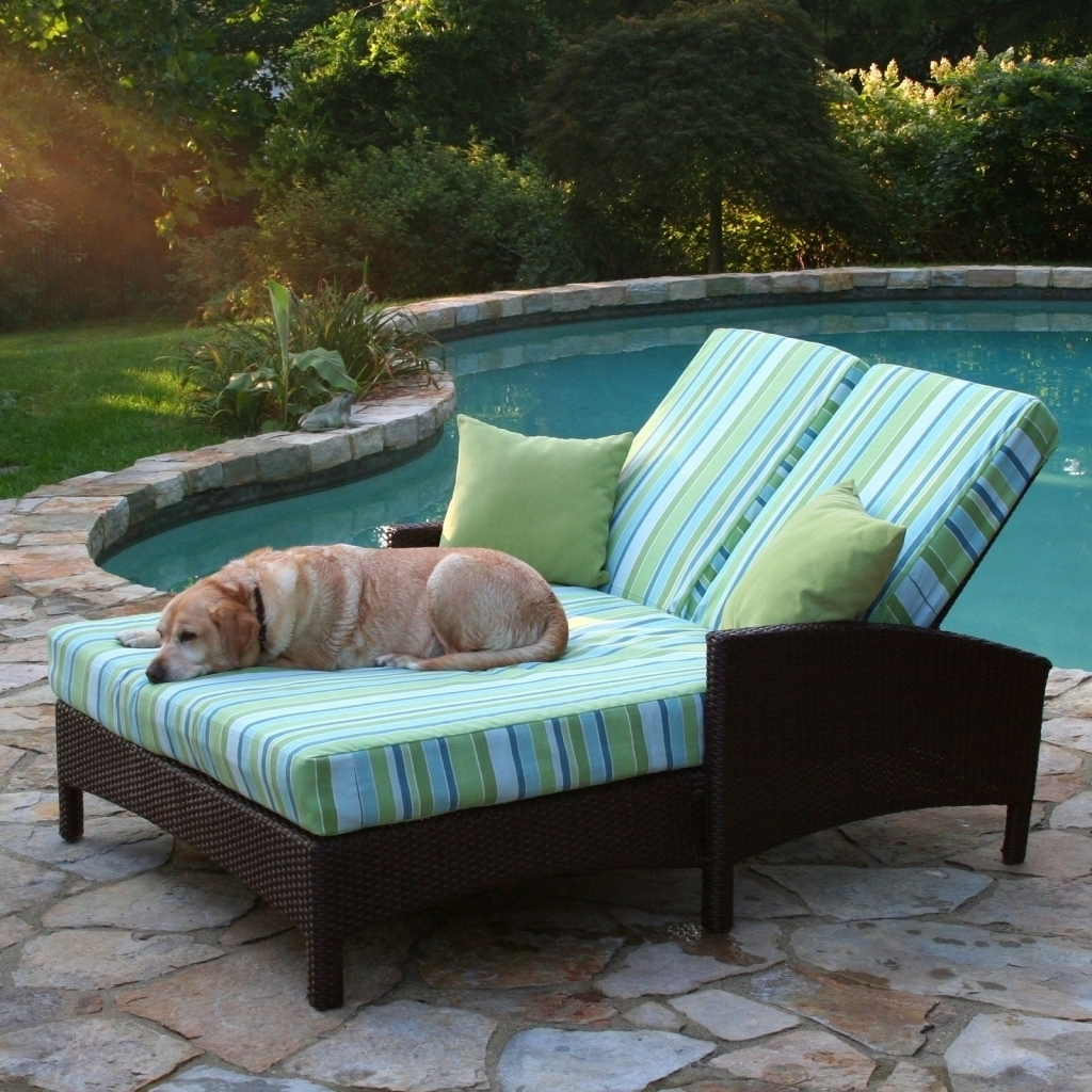 Most Current Double Chaise Lounge Cushion With Furniture: Rattan Frame Light Green Curved Double Outdoor Chaise (View 9 of 15)