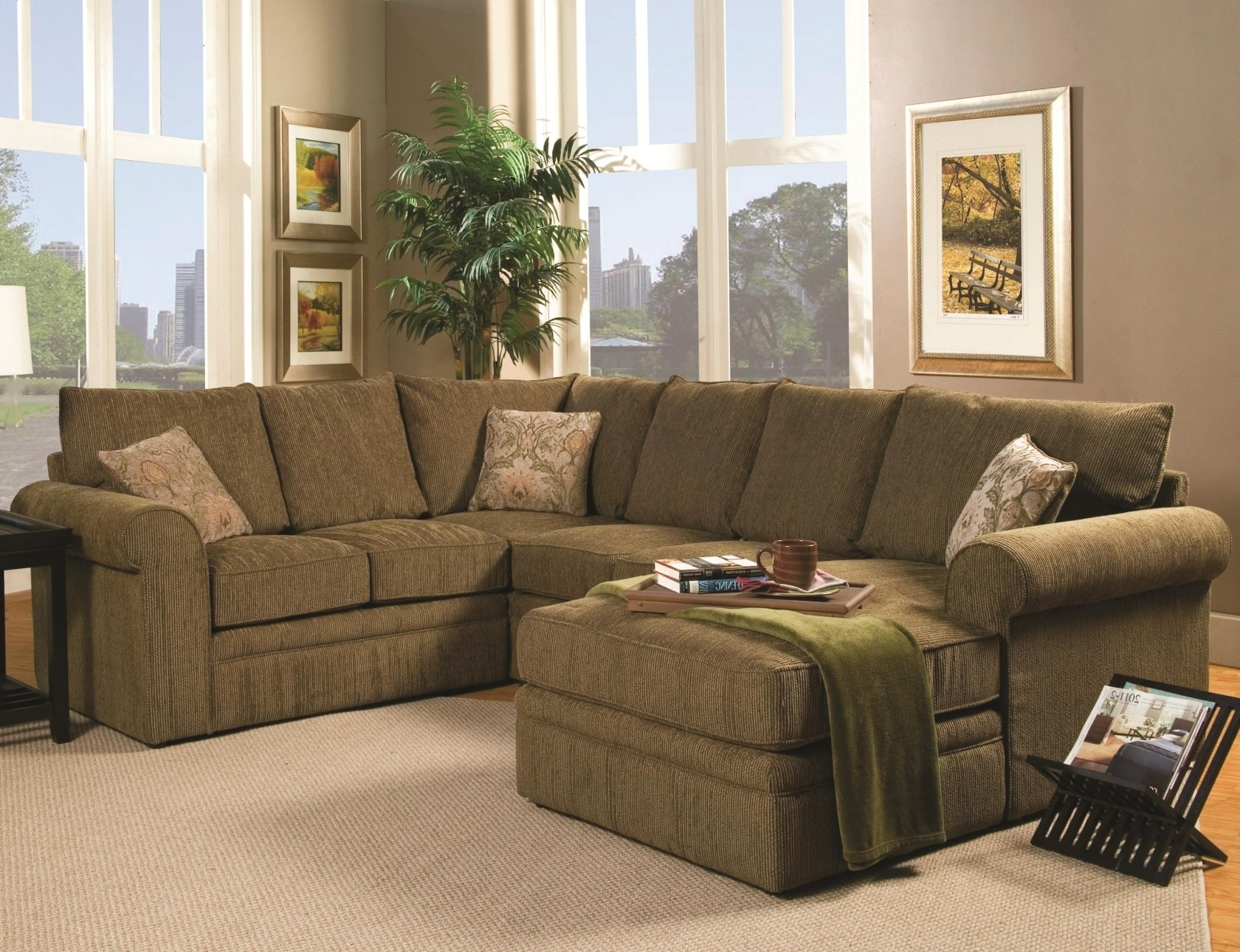 Most Current Modern Concept U Shaped Sectional Sofa With Image 22 Of 25 Within Modern U Shaped Sectional Sofas (View 8 of 15)