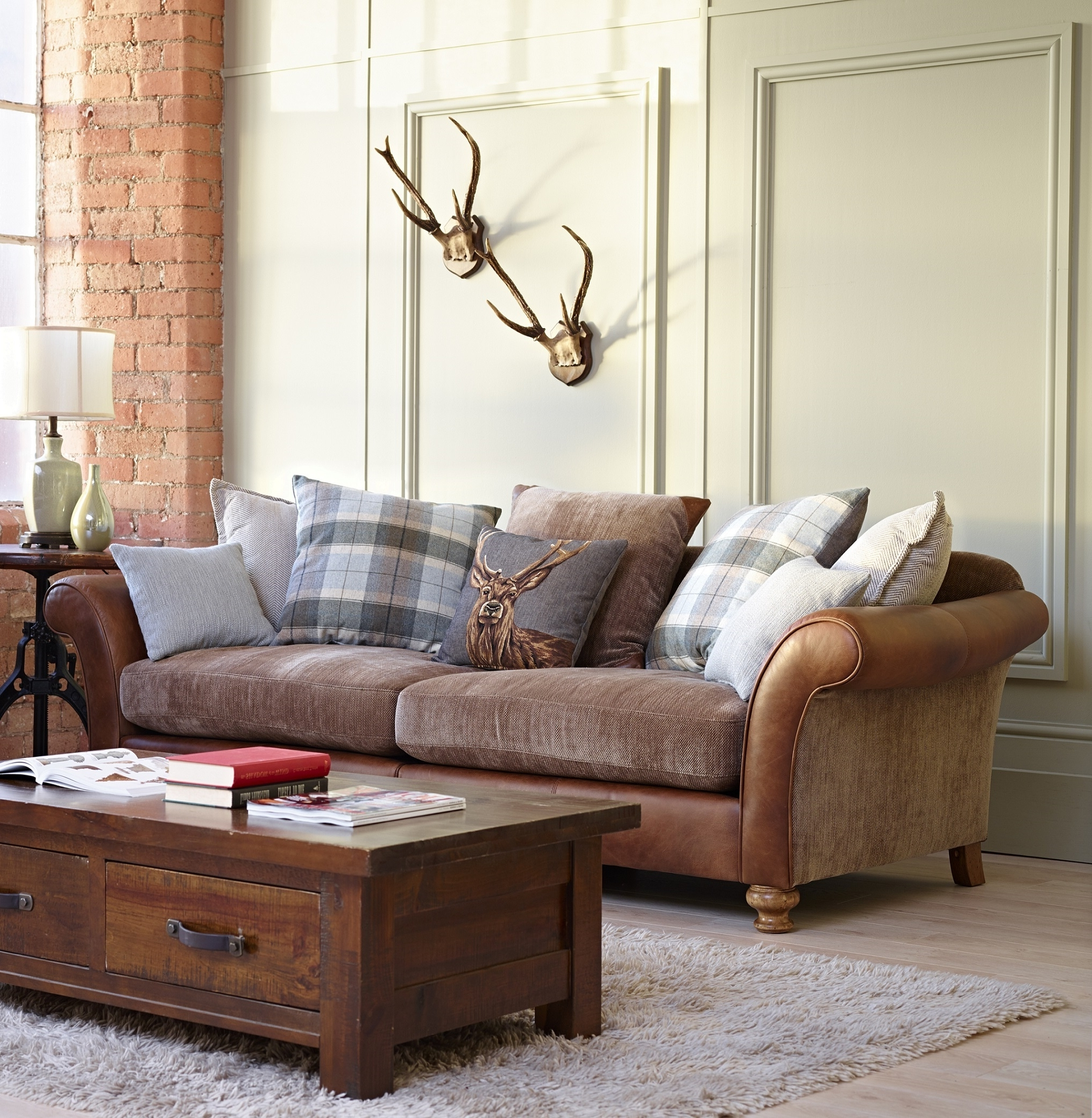 Most Current Popular Leather And Cloth Sofa Fabric Sets Sofas Uk Mix Can You Pertaining To Leather And Cloth Sofas (View 12 of 15)
