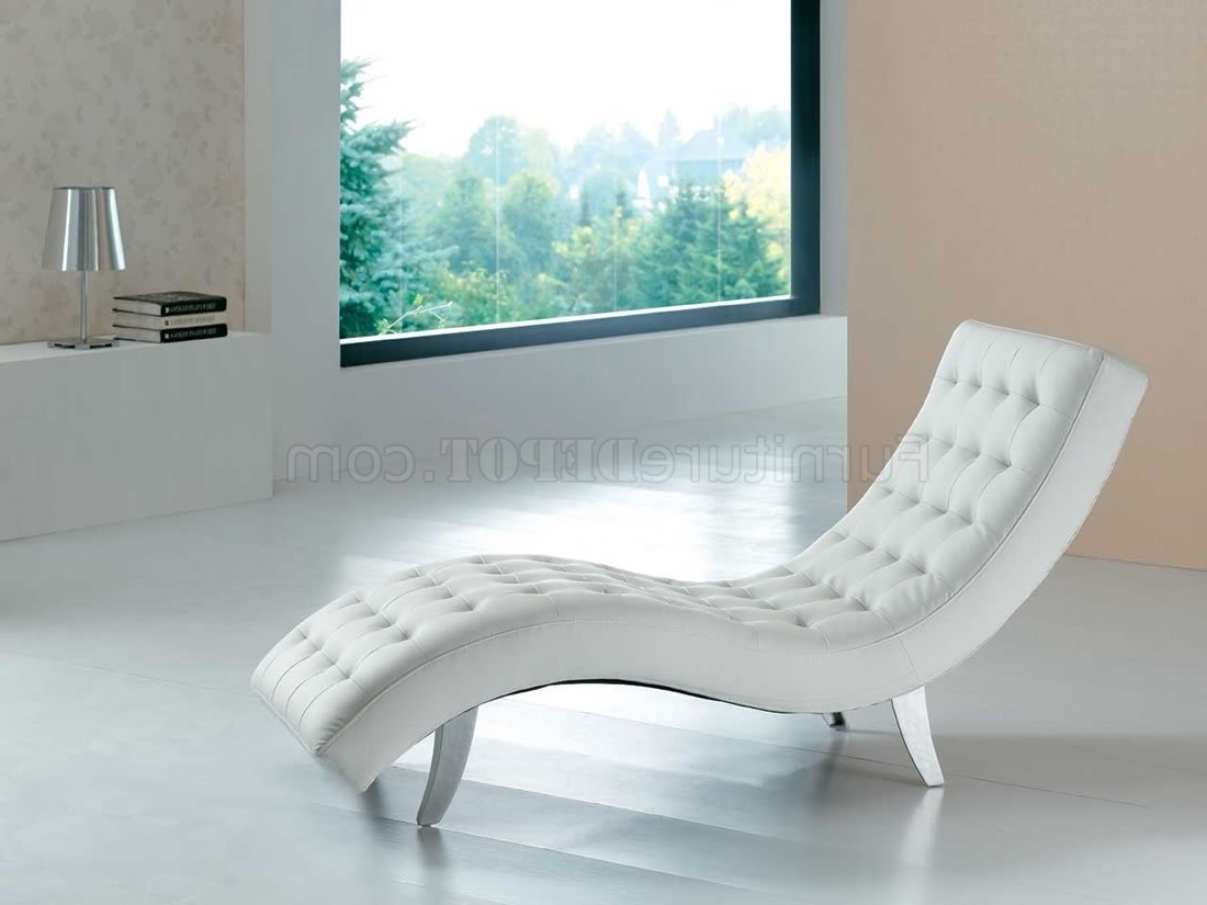 Most Current White Leather Chaise Lounges Pertaining To White, Red, Brown, Beige Or Black Vinyl Modern Chaise Lounger (View 5 of 15)