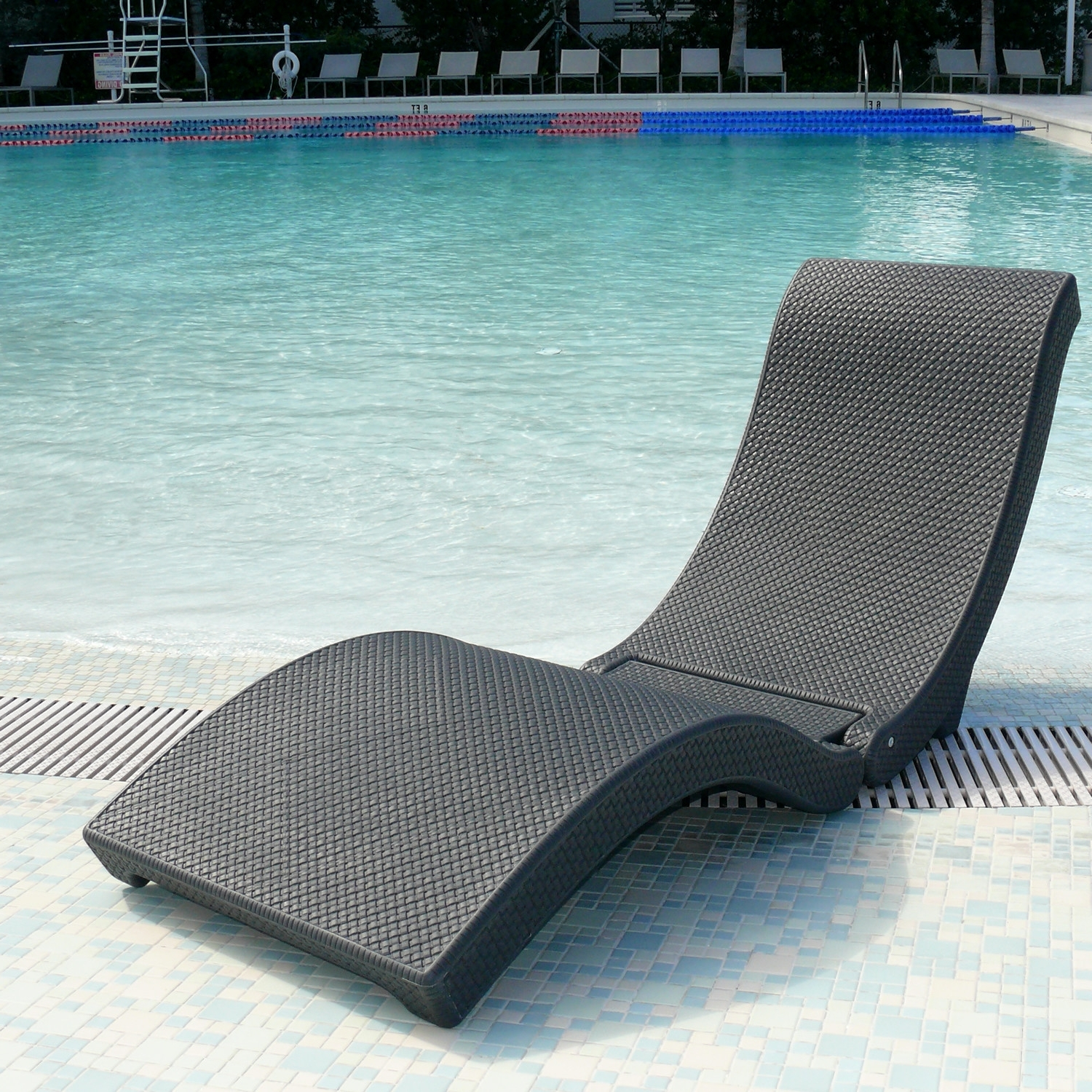 Most Popular Eliana Outdoor Brown Wicker Chaise Lounge Chairs Within Plastic Lounge Chairs Pool (View 11 of 15)