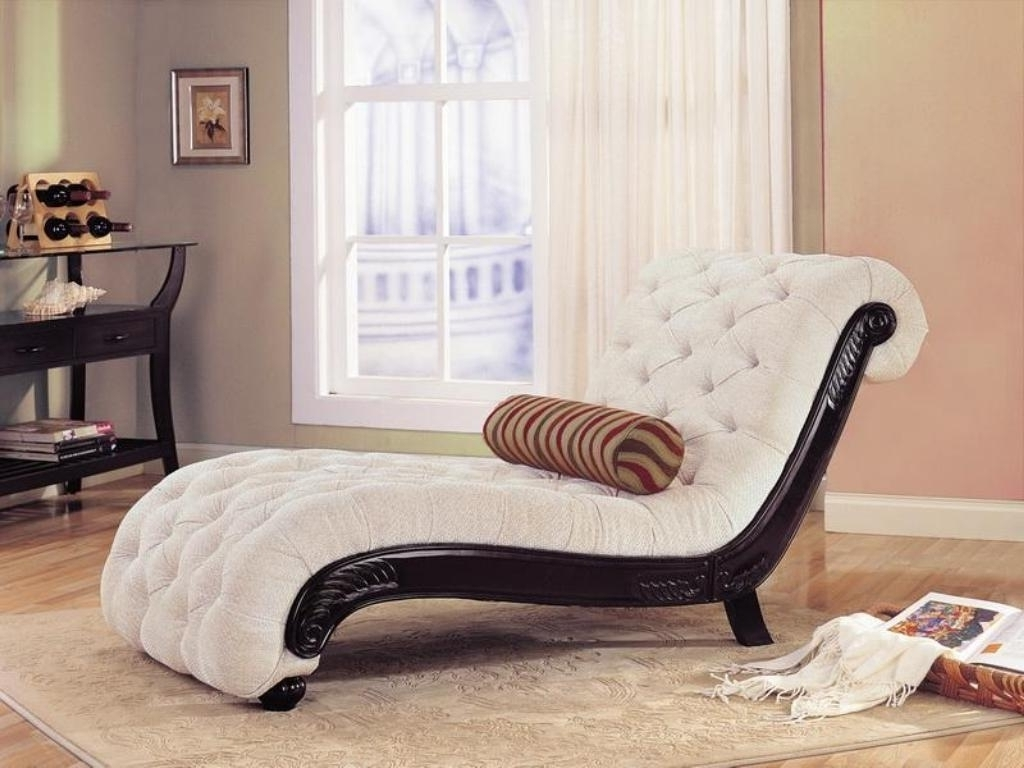 Most Popular Exclusive Tufted White Chaise Lounge Chair For Modern Bedroom Throughout Elegant Chaise Lounge Chairs (View 8 of 15)