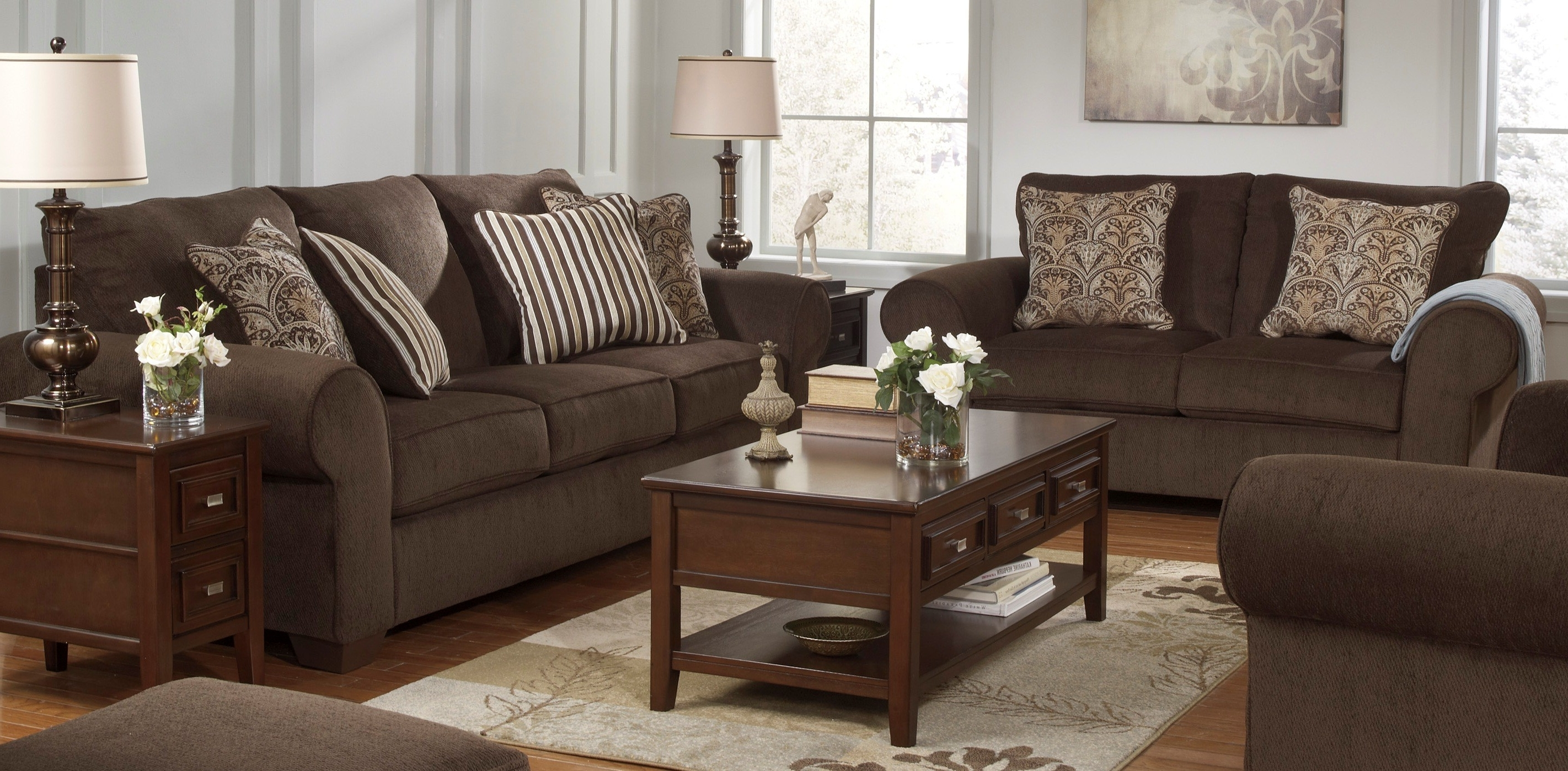 Most Popular Living Room Sofa Chairs Regarding Uncategorized (View 7 of 15)