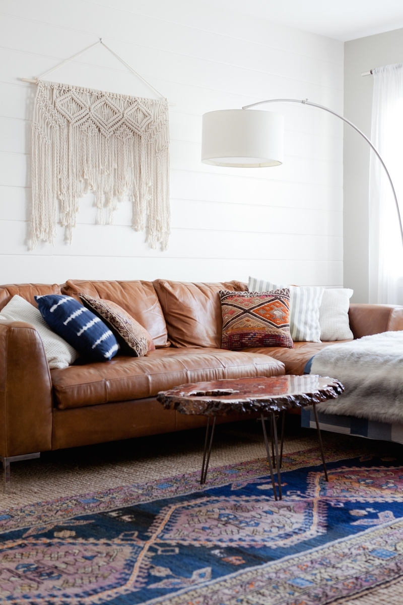 Most Recent Light Tan Leather Sofas Inside 10 Beautiful Brown Leather Sofas (View 13 of 15)