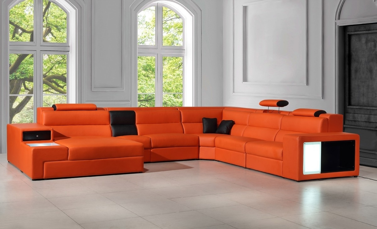 Most Recently Released Casa Polaris – Contemporary Leather Sectional Sofa With Lights With Regard To Dallas Sectional Sofas (View 3 of 15)