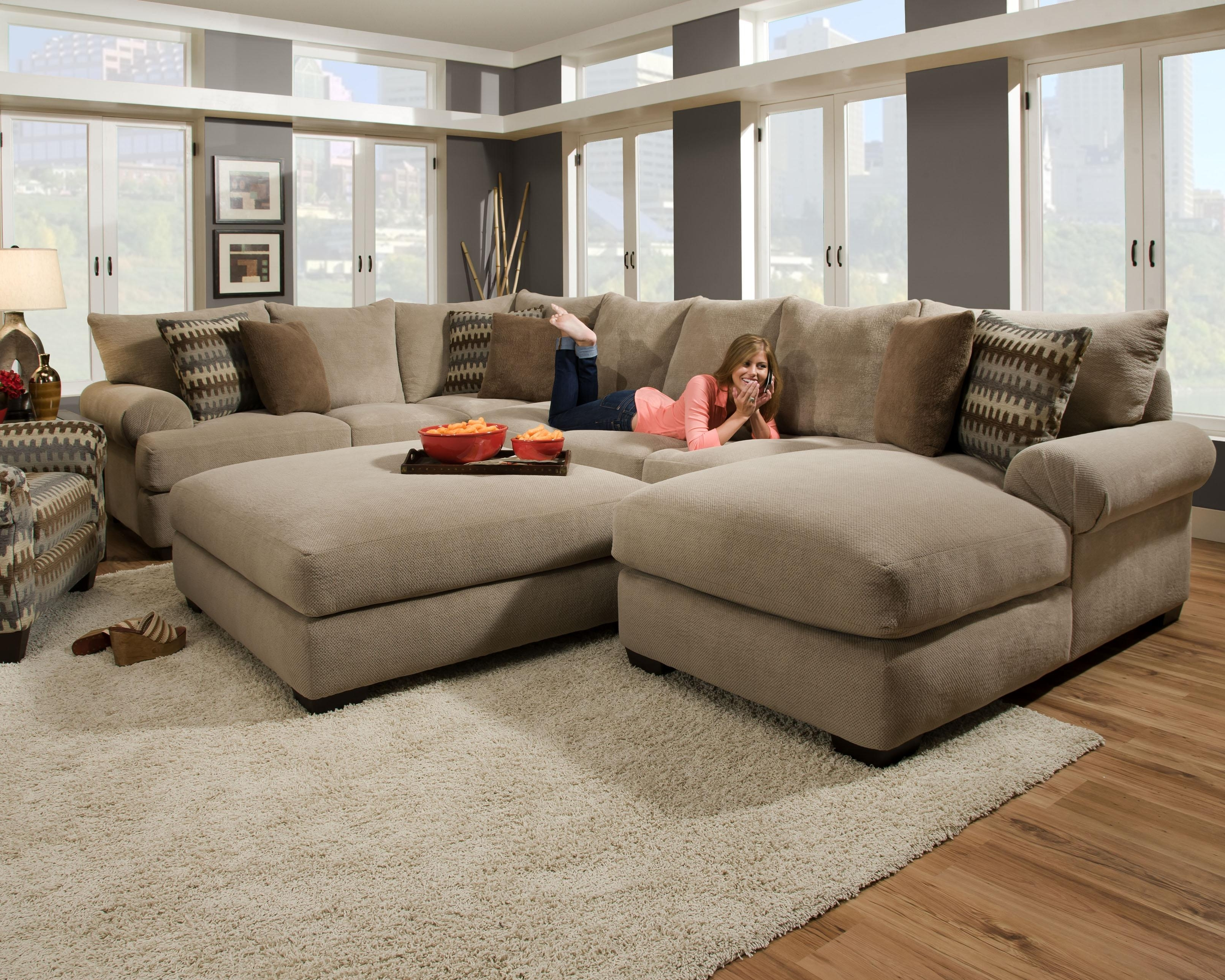 Most Recently Released Furniture: Interesting Living Room Interior Using Large Sectional Pertaining To Microfiber Sectionals With Chaise (View 11 of 15)
