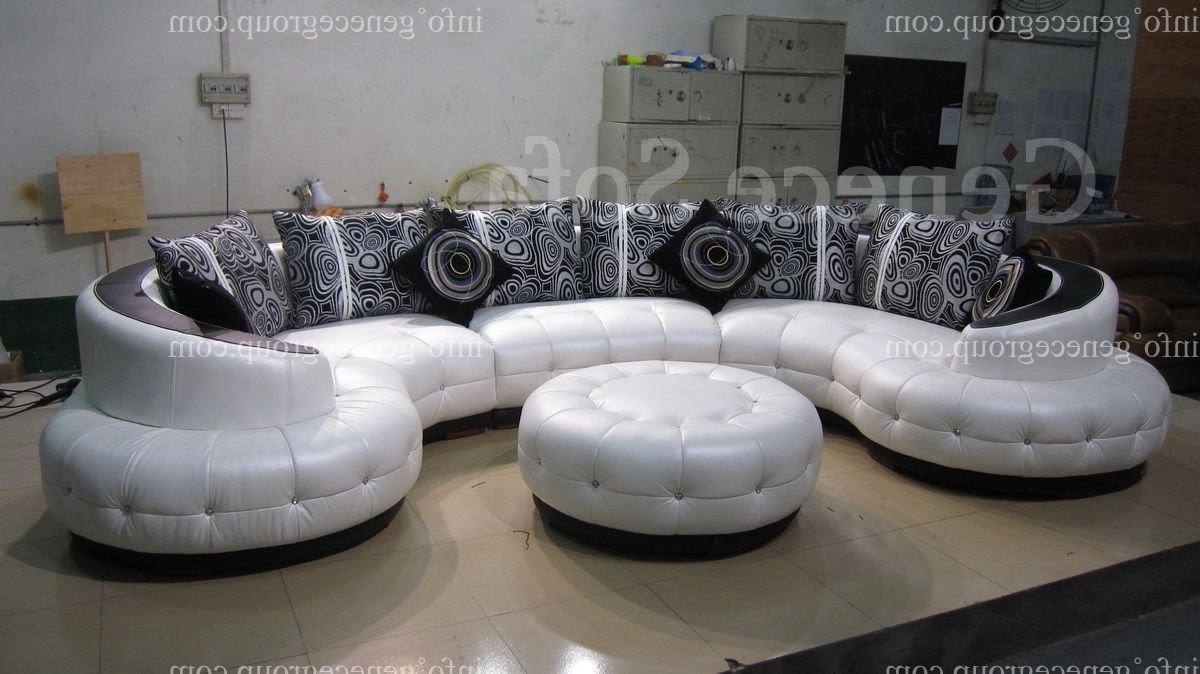 Most Recently Released Round Sofas Pertaining To Amazing Round Couch 71 For Sofa Design Ideas With Round Couch (View 3 of 15)