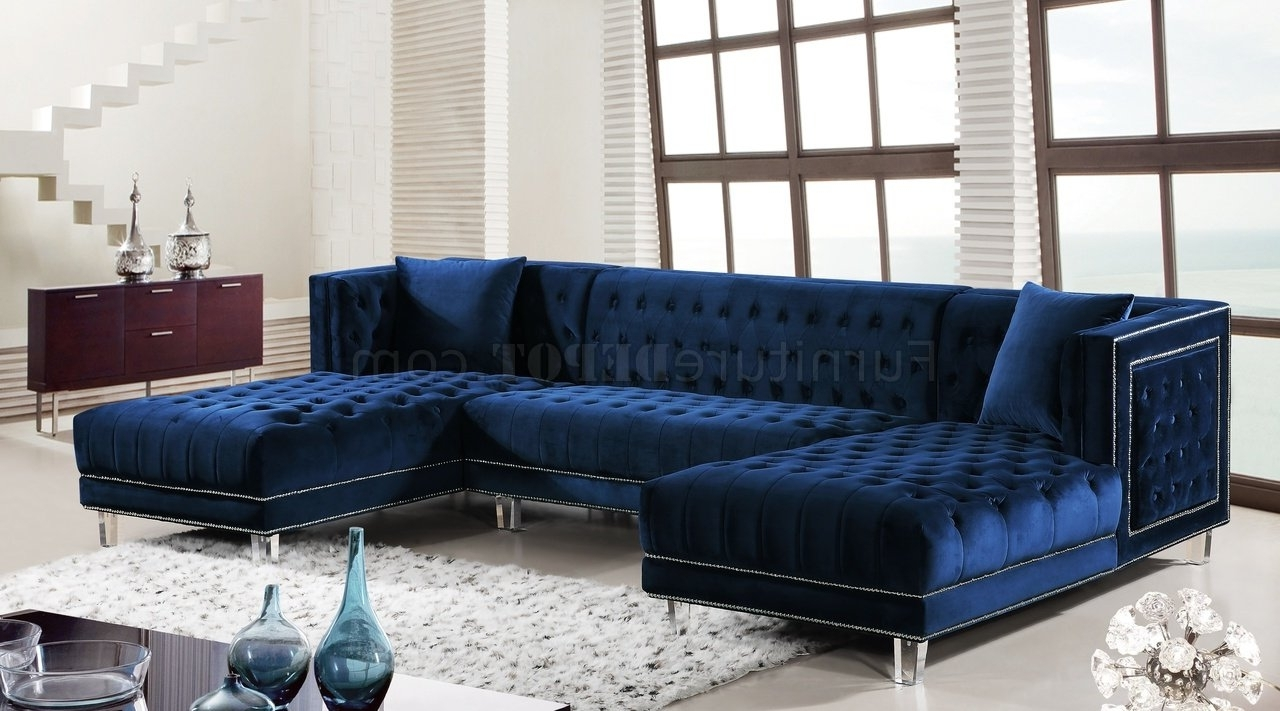 Most Recently Released Velvet Sectional Sofas For Moda Sectional Sofa 631 In Navy Velvet Fabricmeridian (View 9 of 15)