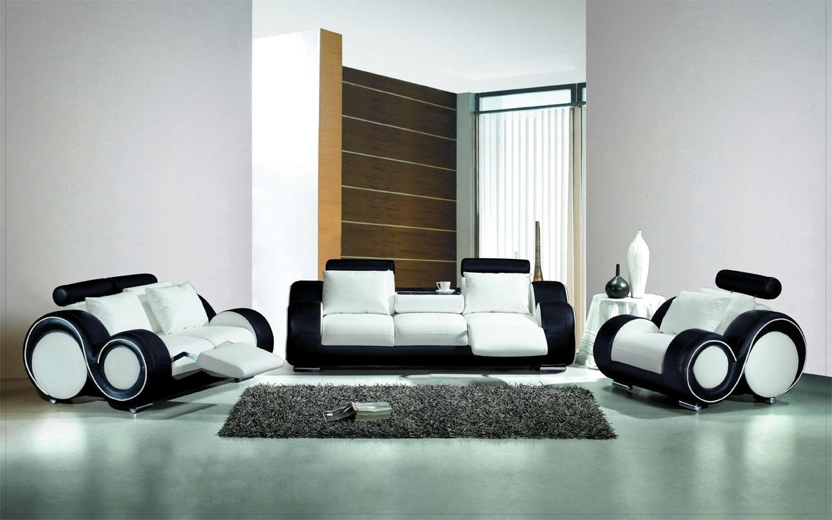 Most Up To Date Black And White Sofas With White And Black Couch, Olympian Sofas Pesaro White Black Leather (View 15 of 15)