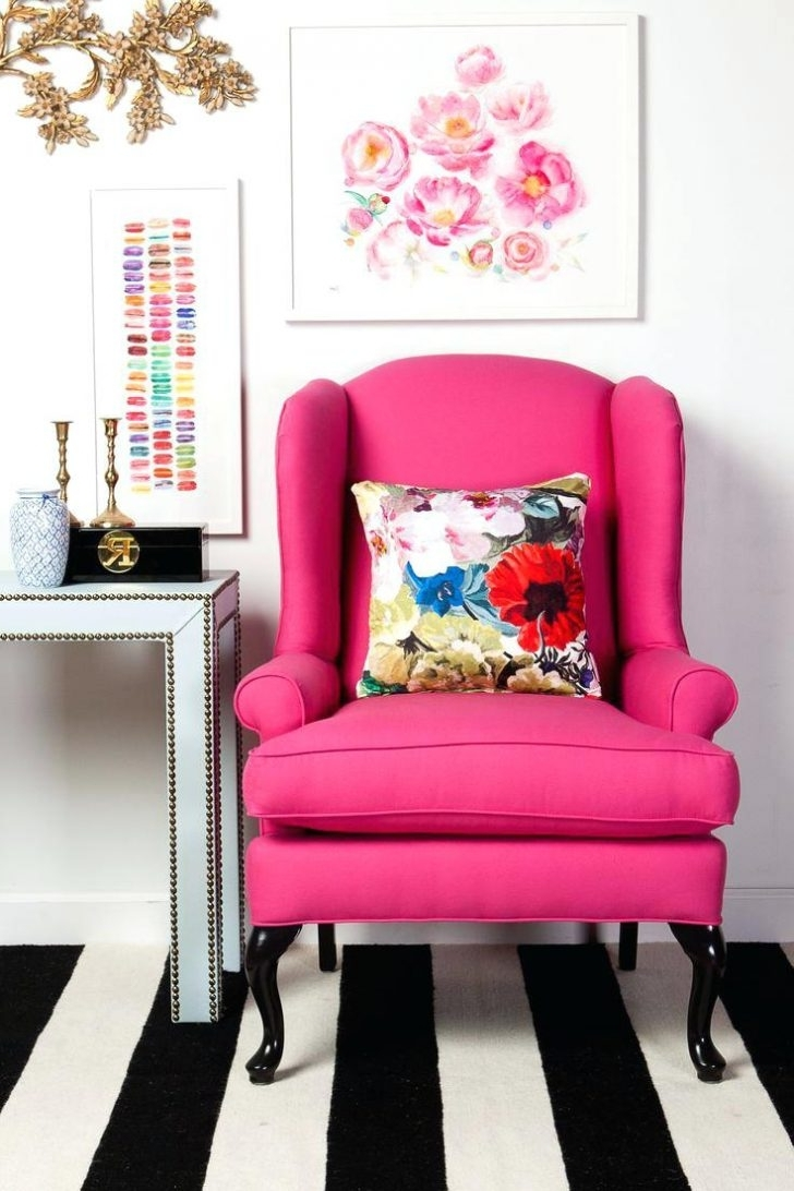 Featured Photo of Chintz Sofas And Chairs
