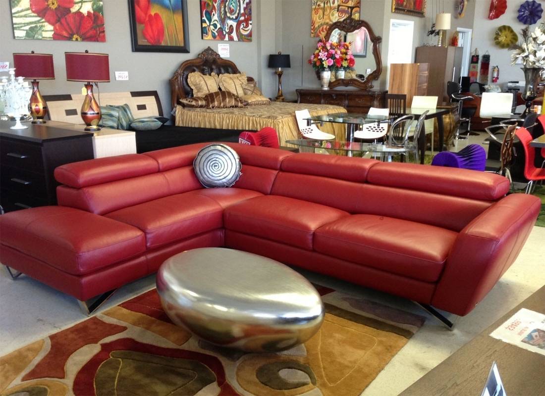 Newest Leather Sectional Sofa Nicoletti (View 10 of 15)